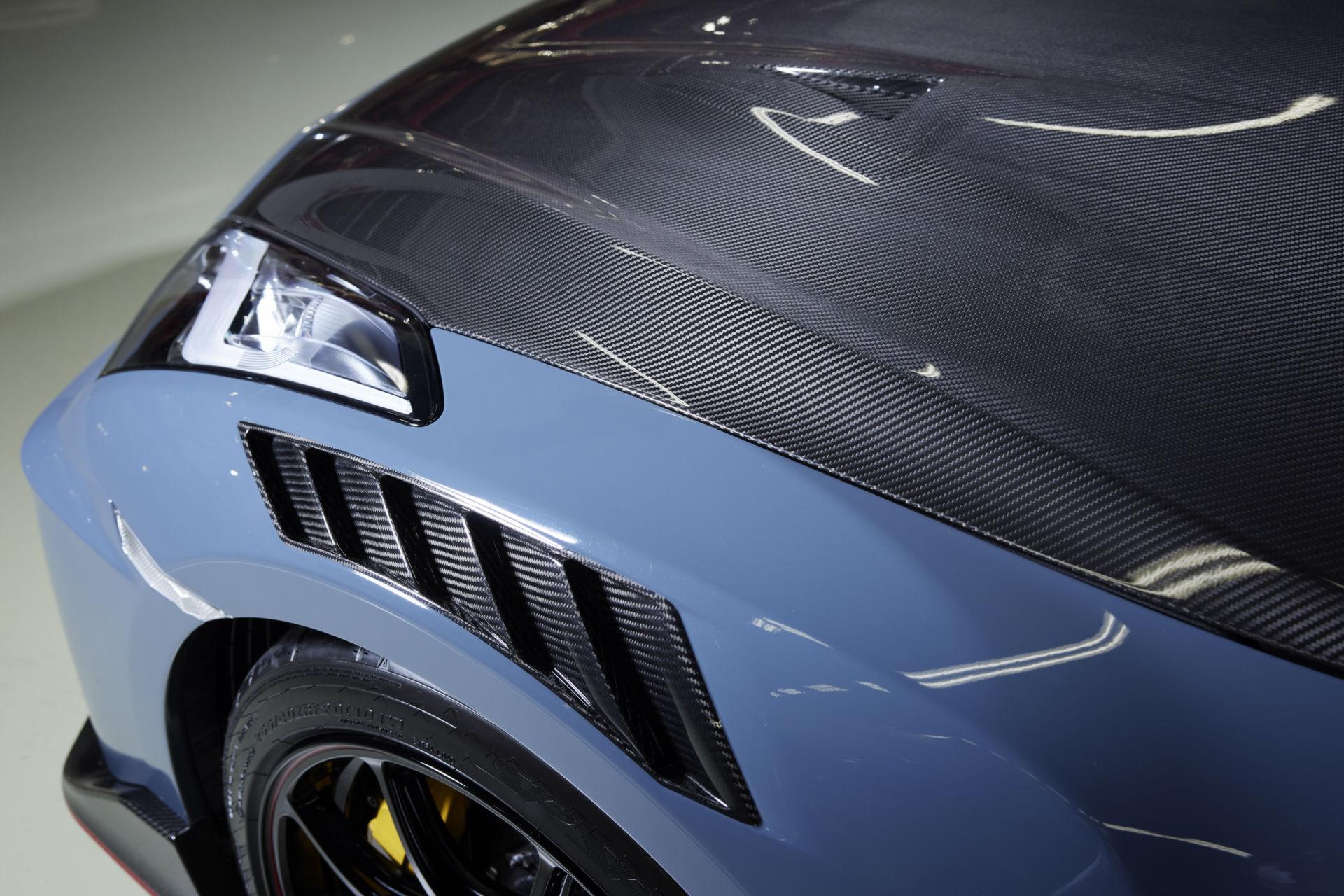 2022-Nissan-GT-R-Nismo-25.jpg