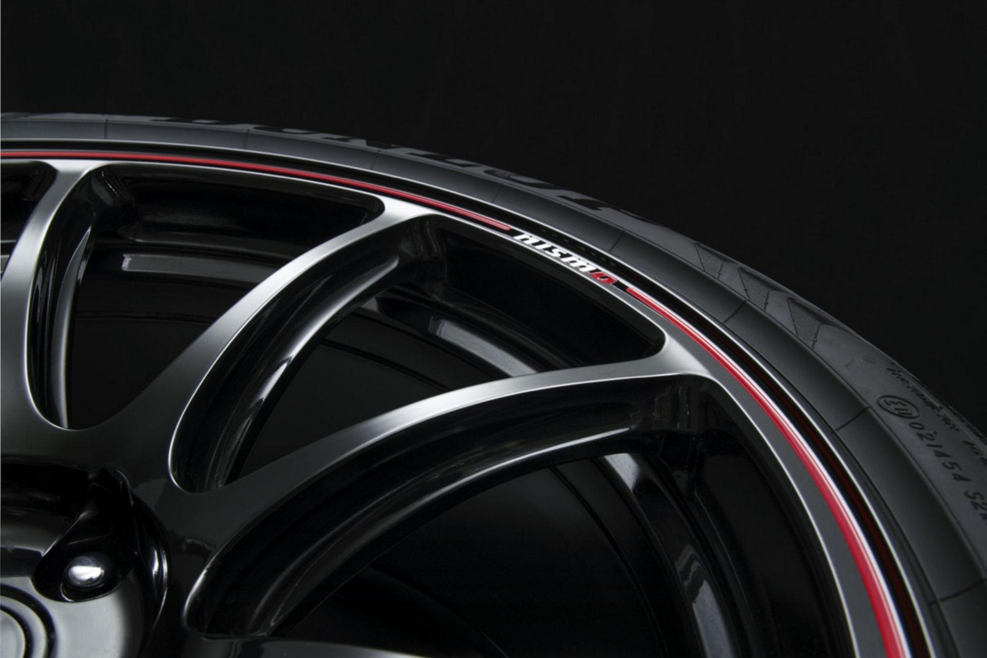 2022-Nissan-GT-R-Nismo-39.jpg