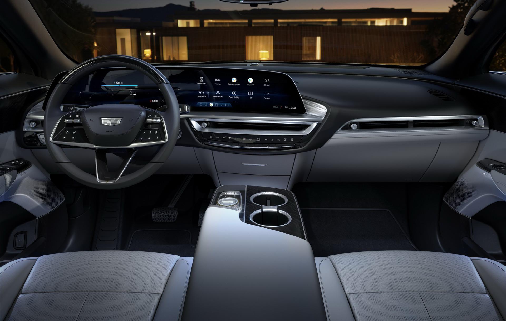 2023-Cadillac-LYRIQ-003.jpg