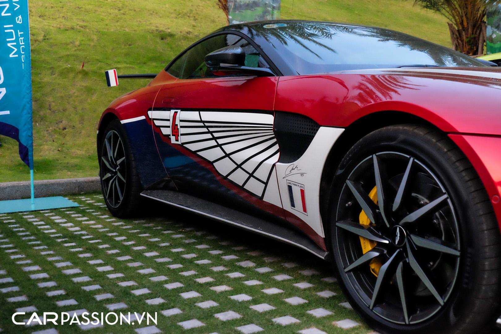 Aston Martin Vantage của doanh nhân Phạm Trần Nhật Minh (11).JPG