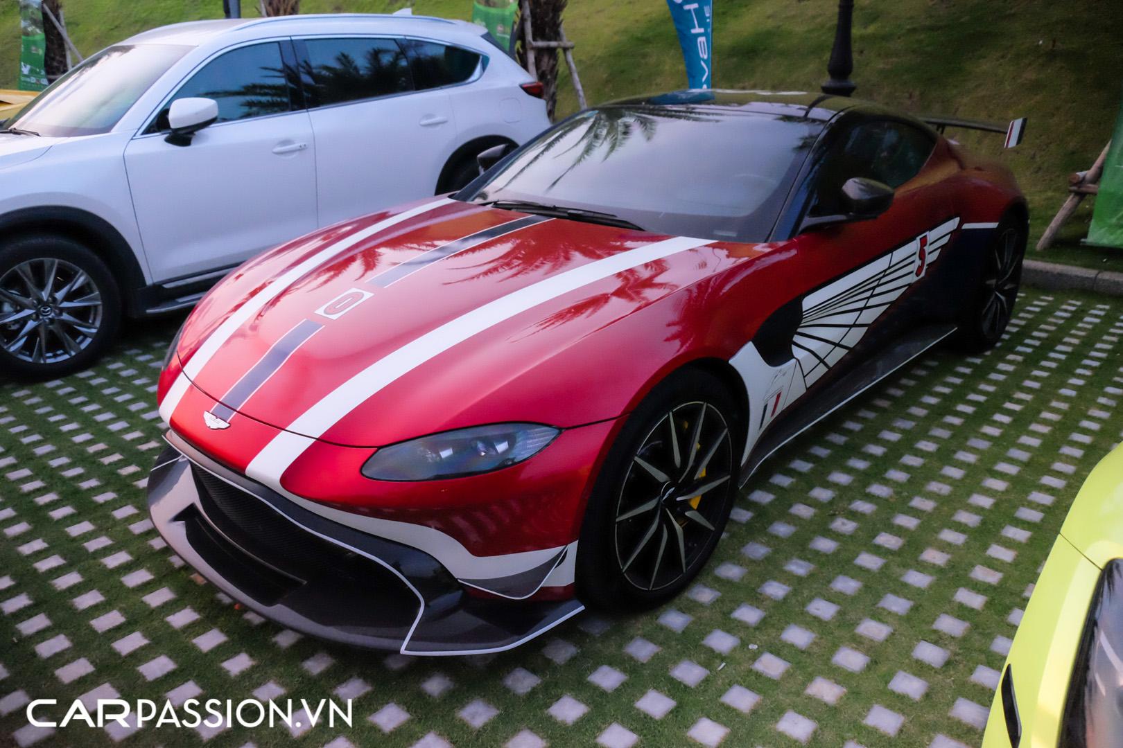 Aston Martin Vantage của doanh nhân Phạm Trần Nhật Minh (19).JPG