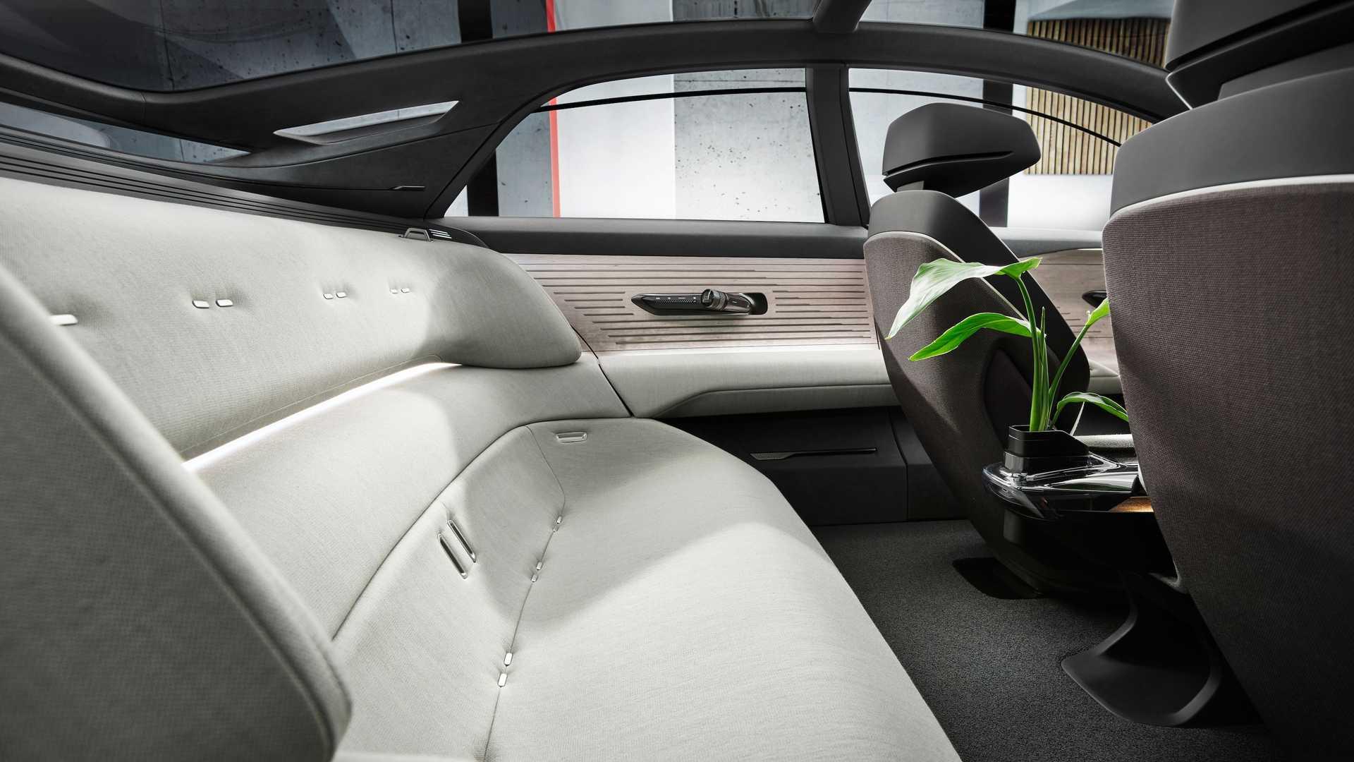Audi Grandsphere Concept (8).jpg