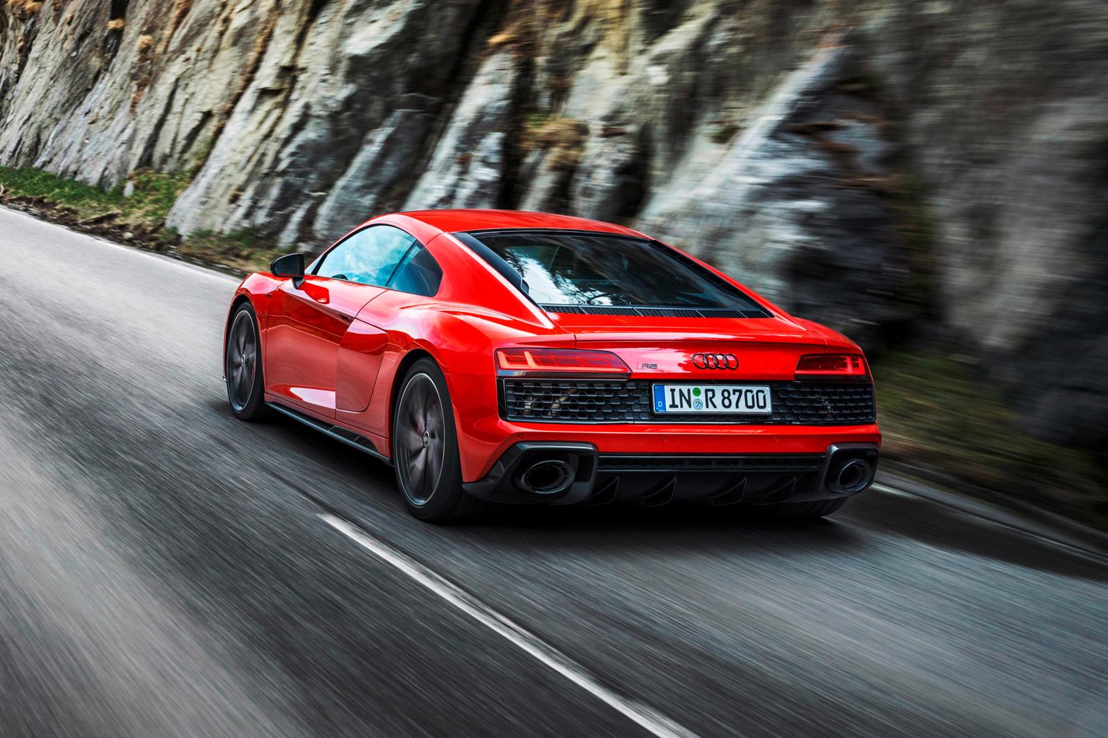 Audi R8 V10 RWD (20).jpg