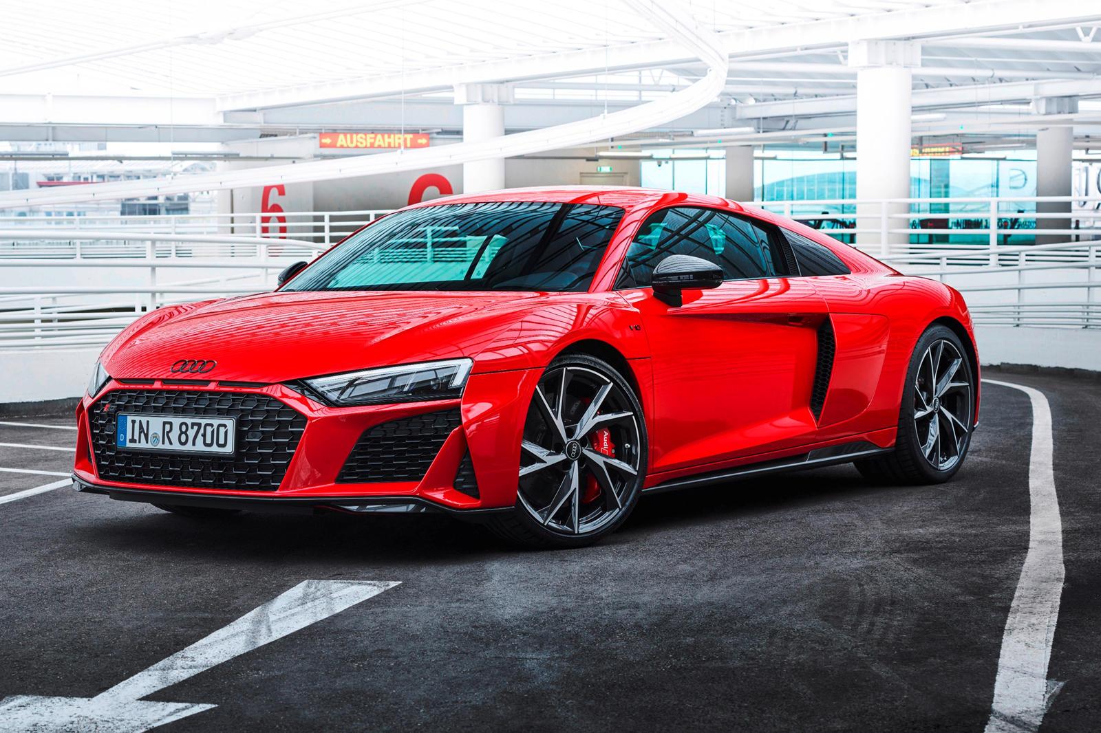 Audi R8 V10 RWD (8).jpg