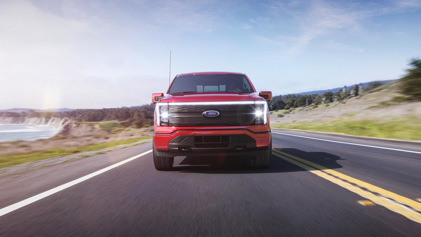 Bán-tải-chạy-điện-Ford-F-150-Lightning-chính-thức-ra-mắt-3.jpg