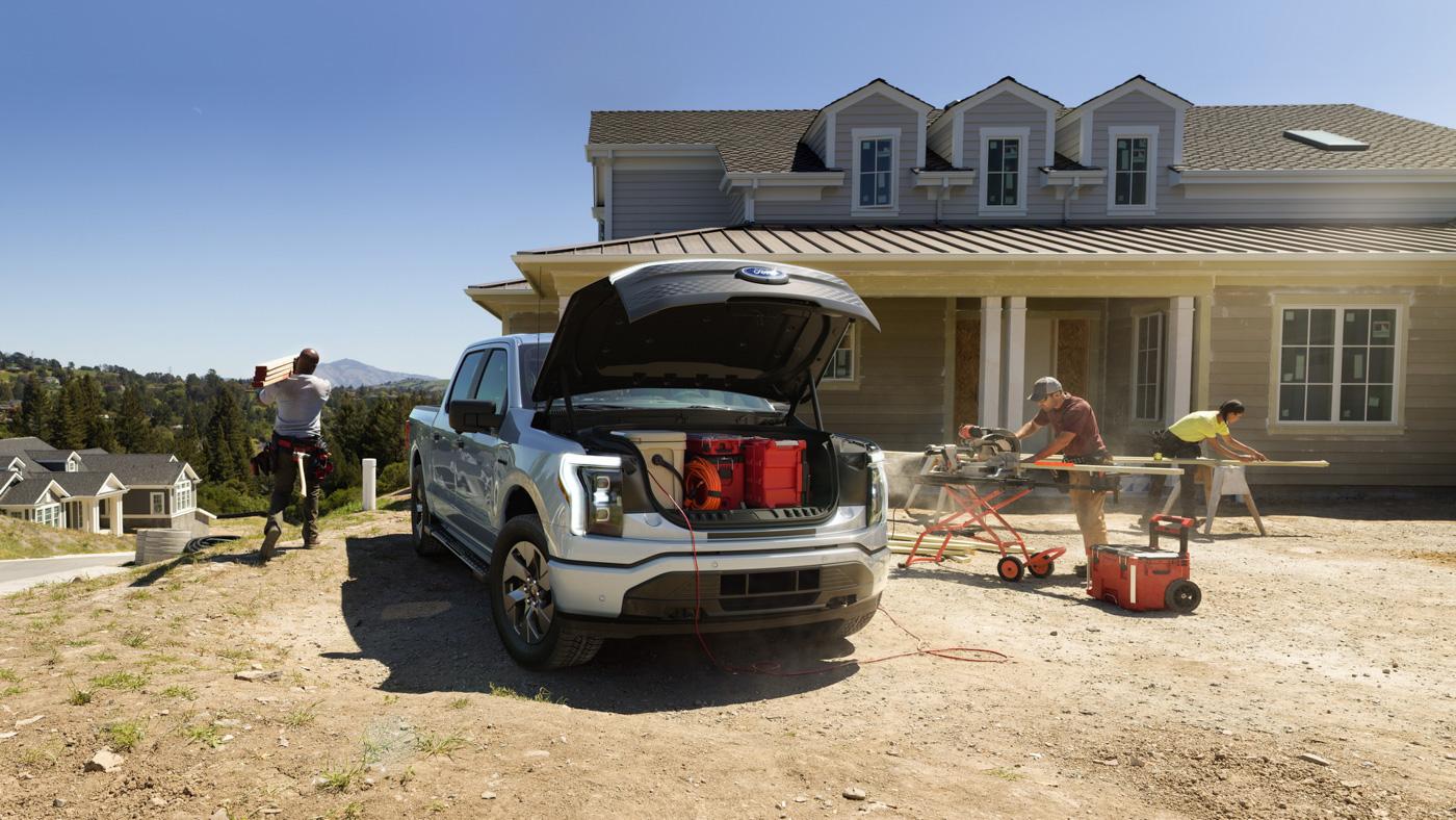 Bán-tải-chạy-điện-Ford-F-150-Lightning-chính-thức-ra-mắt-8.jpg