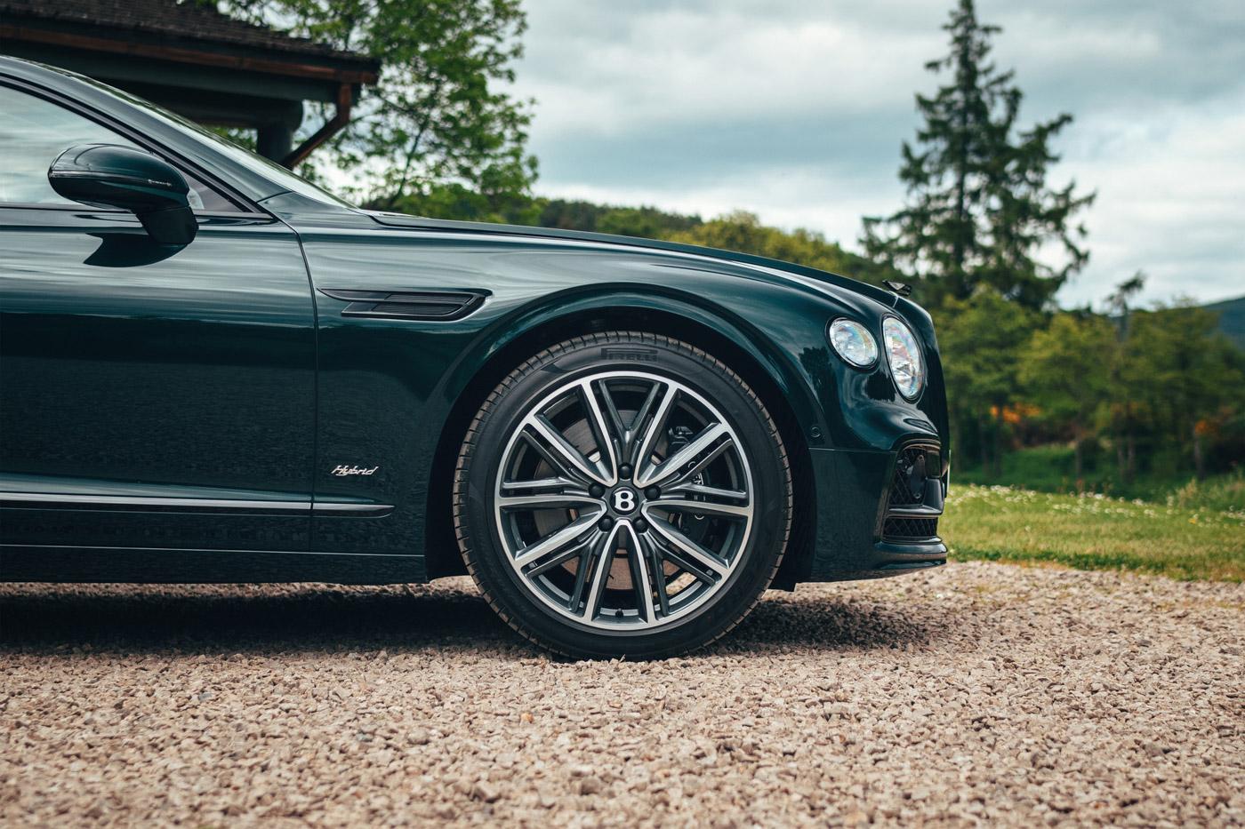 Bentley Flying Spur Hybrid (1).JPG