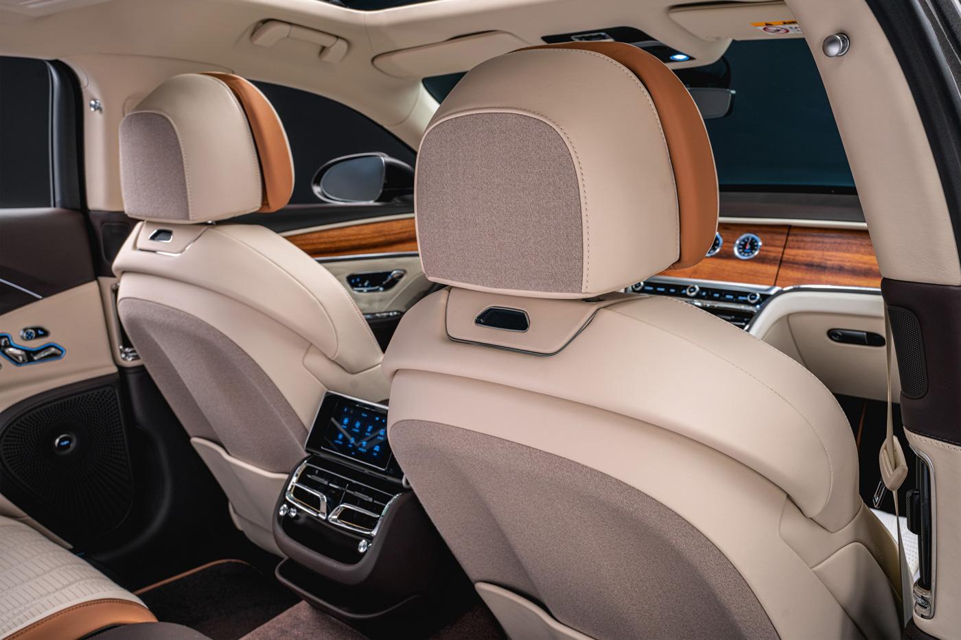 Bentley Flying Spur Hybrid Odyssean Edition (5).JPG