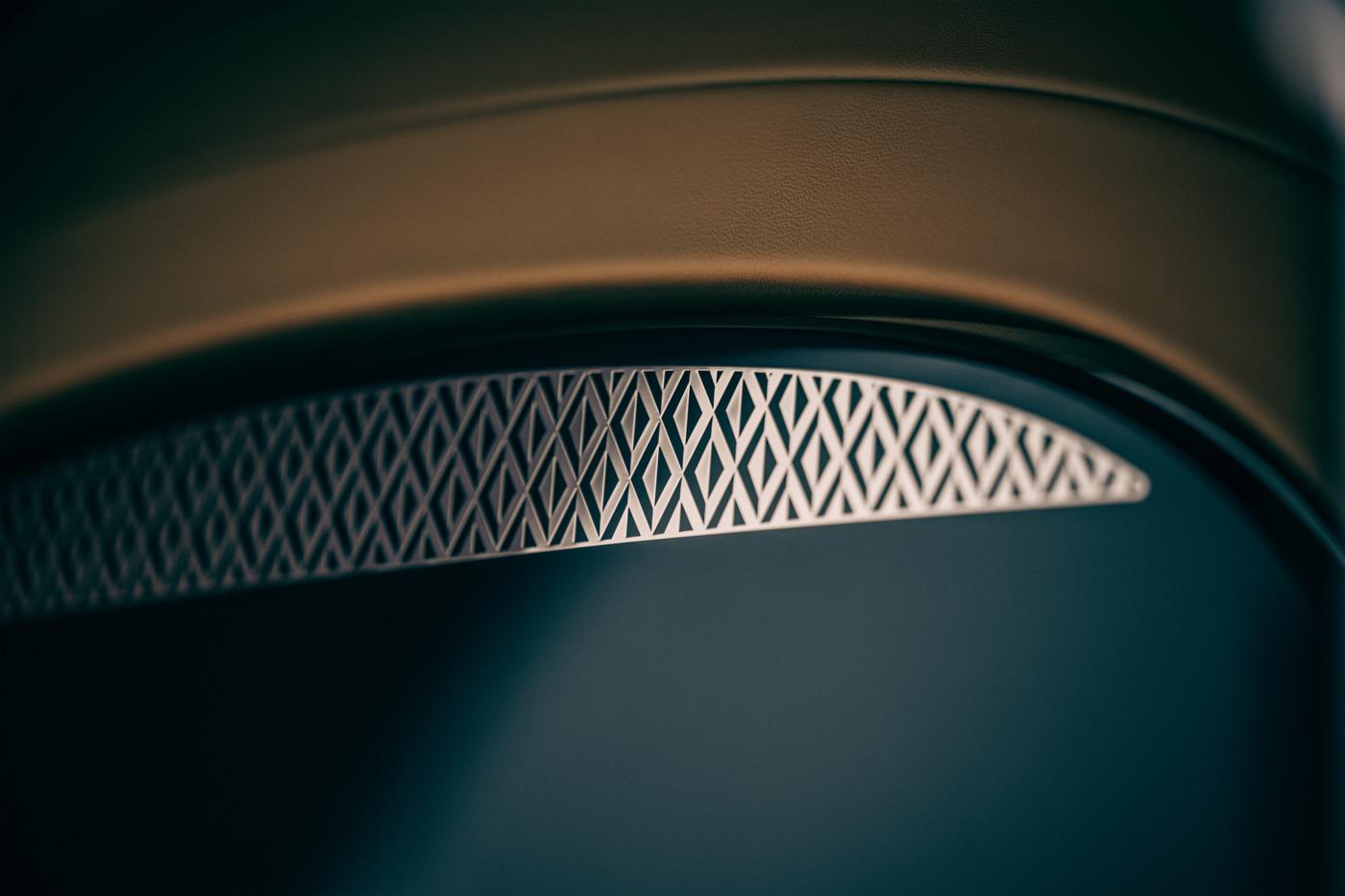 Bentley Flying Spur Mulliner (2).JPG