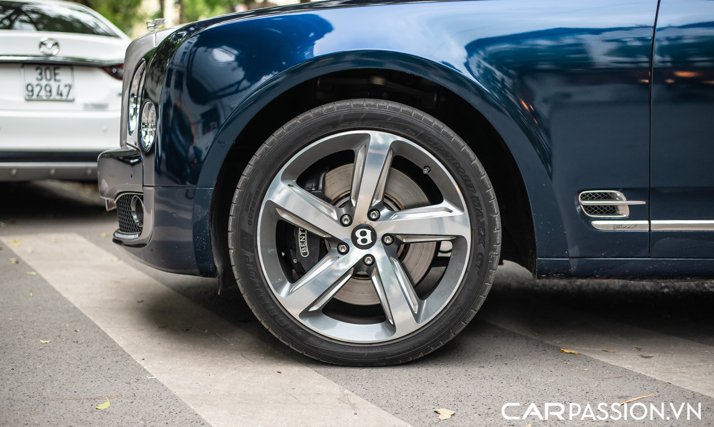 Bentley Mulsanne Speed (5).JPG