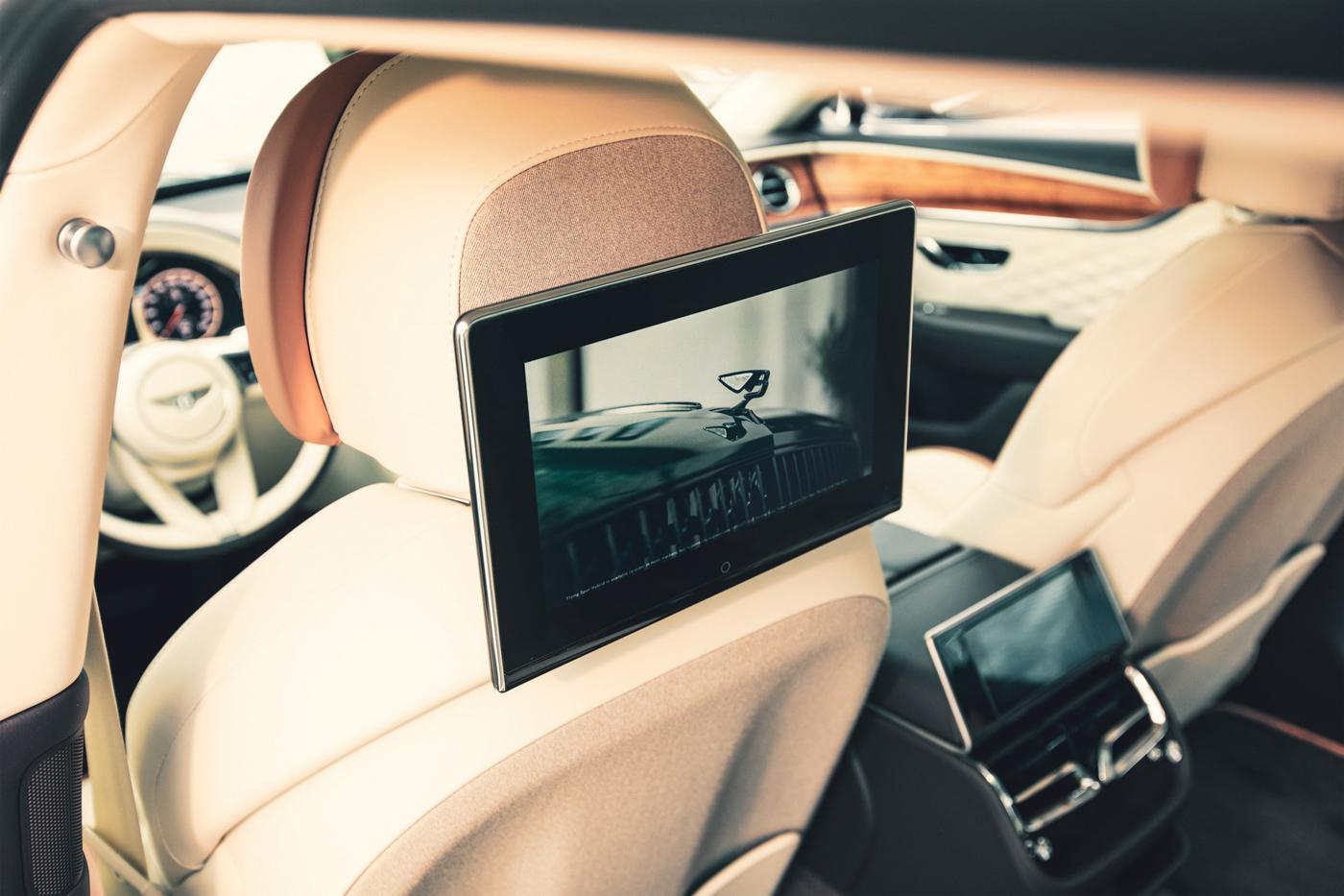 Bentley Rear Entertaiment System (1).JPG