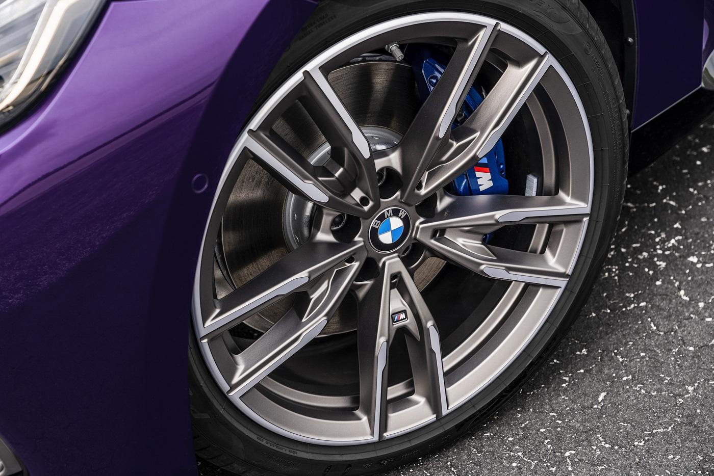 BMW-2-series-2022-ra-mắt-với-giá-bán-từ-36350-usd-10.jpg