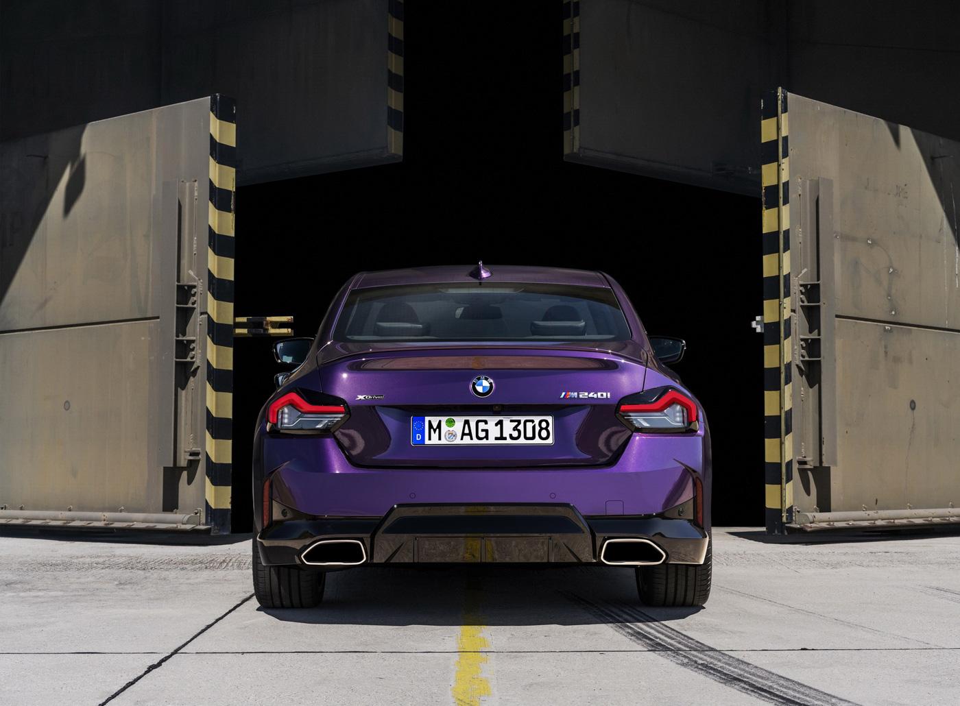BMW-2-series-2022-ra-mắt-với-giá-bán-từ-36350-usd-21.jpg