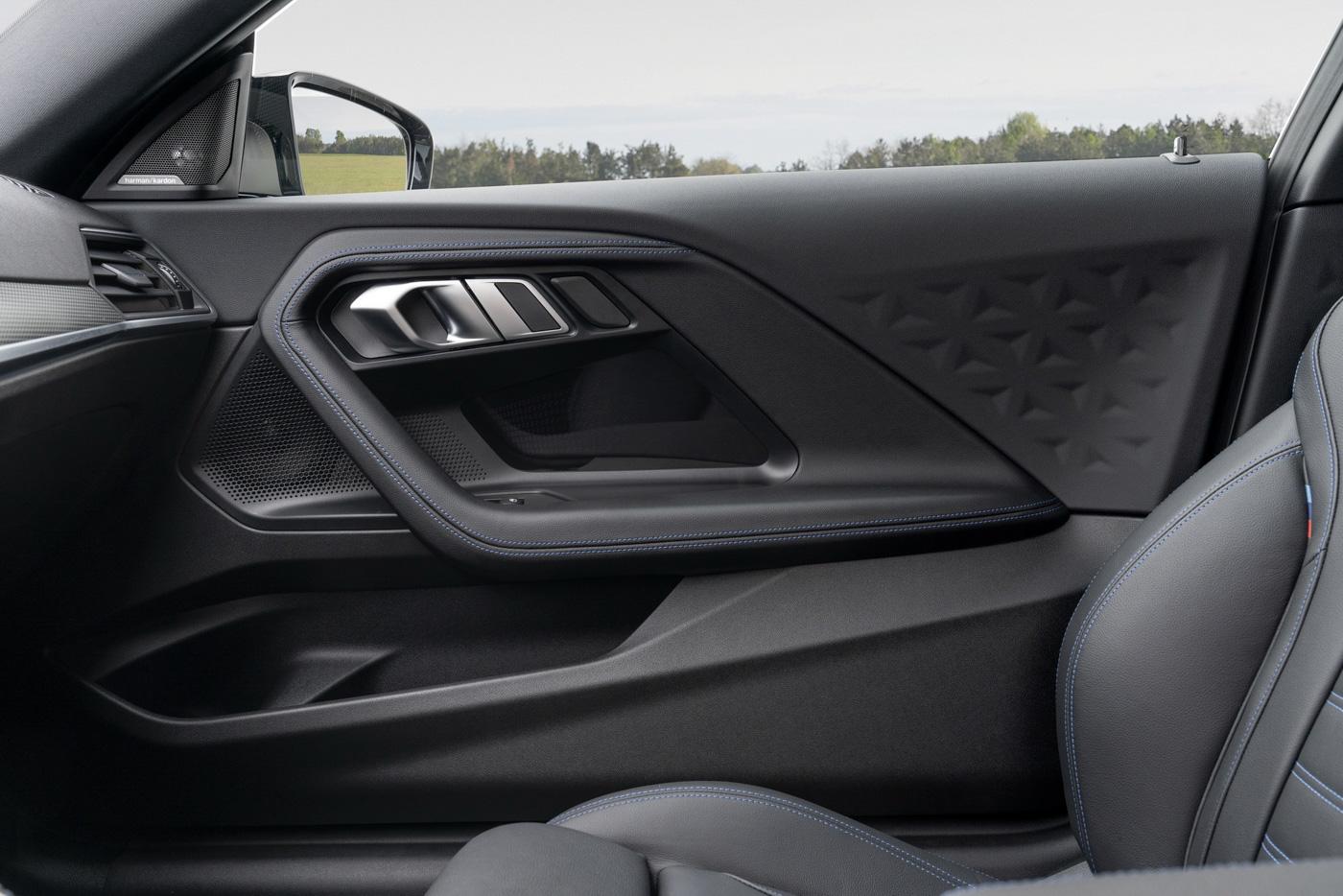 BMW-2-series-2022-ra-mắt-với-giá-bán-từ-36350-usd-25.jpg