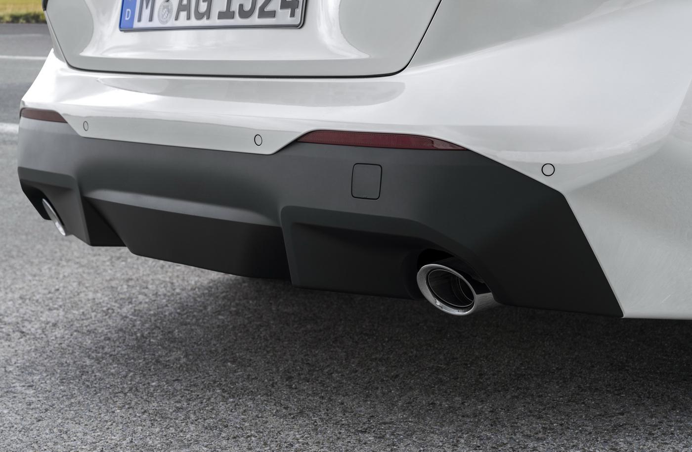BMW-2-series-2022-ra-mắt-với-giá-bán-từ-36350-usd-30.jpg