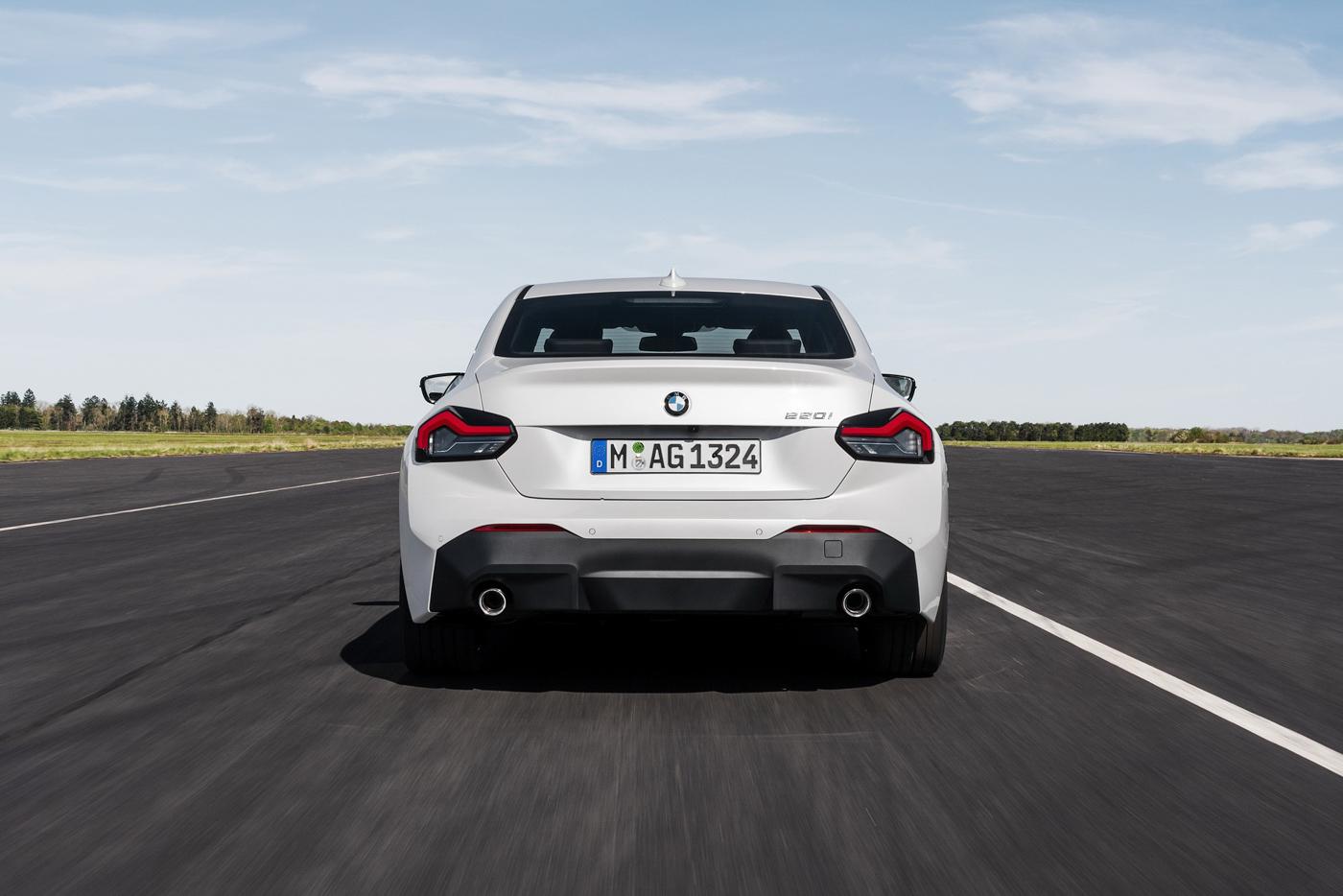 BMW-2-series-2022-ra-mắt-với-giá-bán-từ-36350-usd-36.jpg