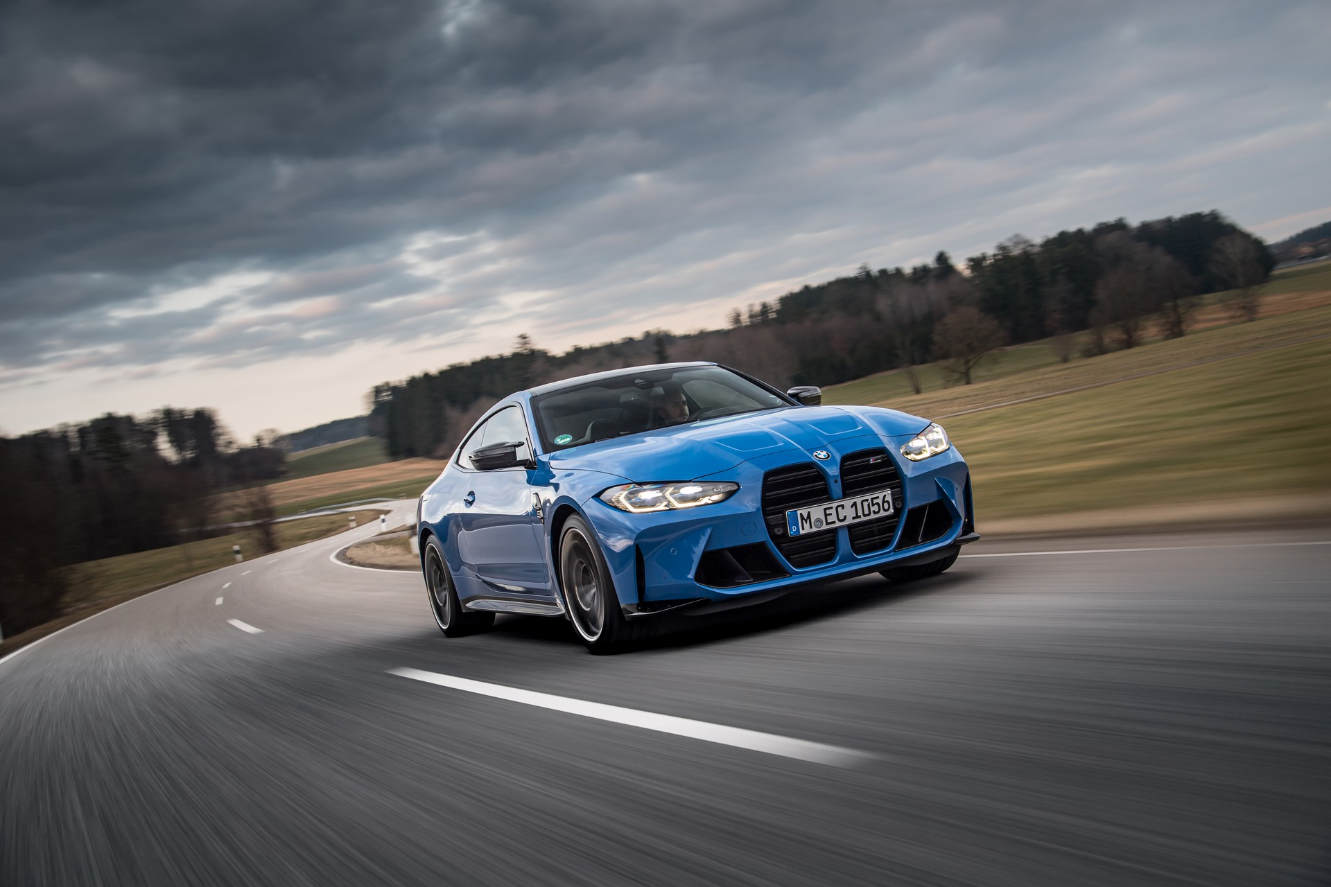 BMW-M3-M4-Competition-xDrive-15.jpg