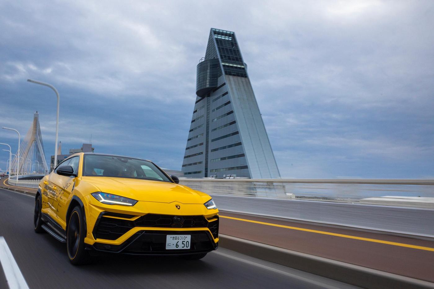 Bộ-đôi-Lamborghini-Urus-vượt-hơn-6.500-km-trong-hành-trình-xuyên-Nhật-Bản (16).jpg