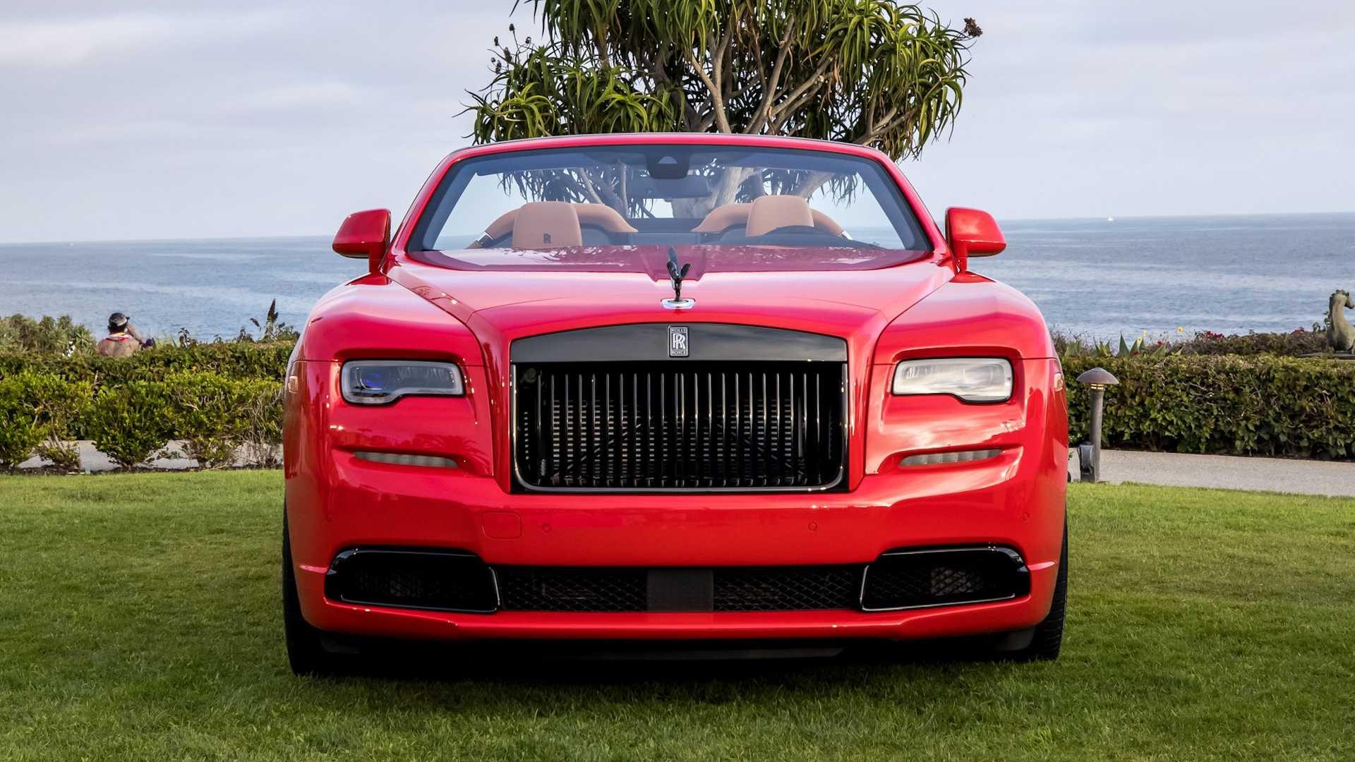 Bộ-đôi-Rolls-Royce-cá-nhân-hóa-kỷ-niệm-dịp-đặc-biệt-của-chủ-nhân (12).jpg