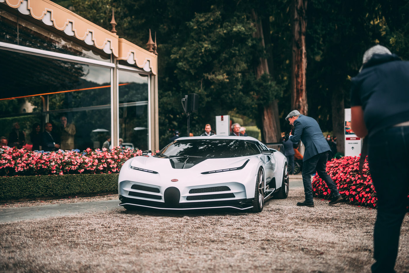 Bugatti Centodieci (27).JPG