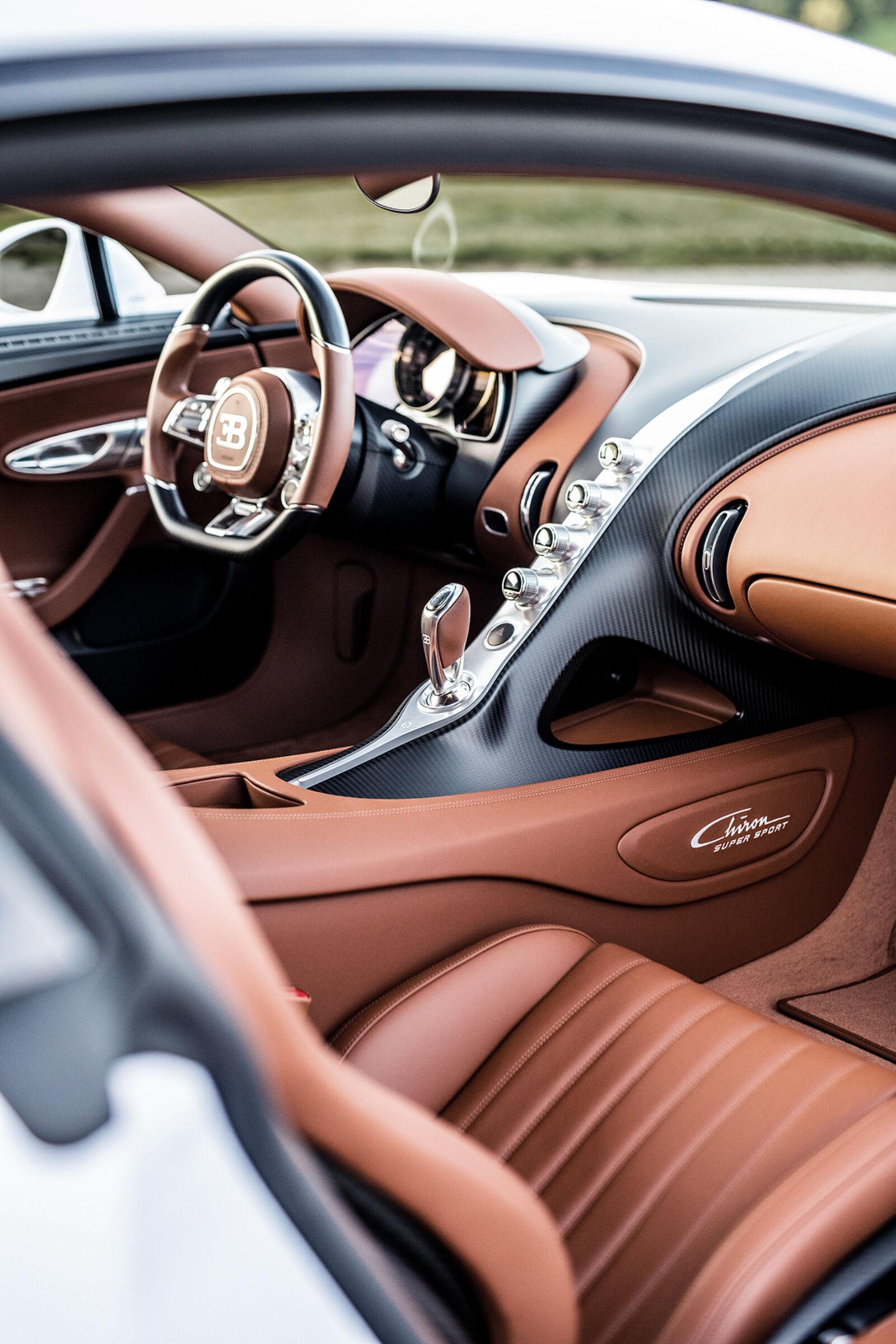 Bugatti Chiron Super Sport (19).jpg