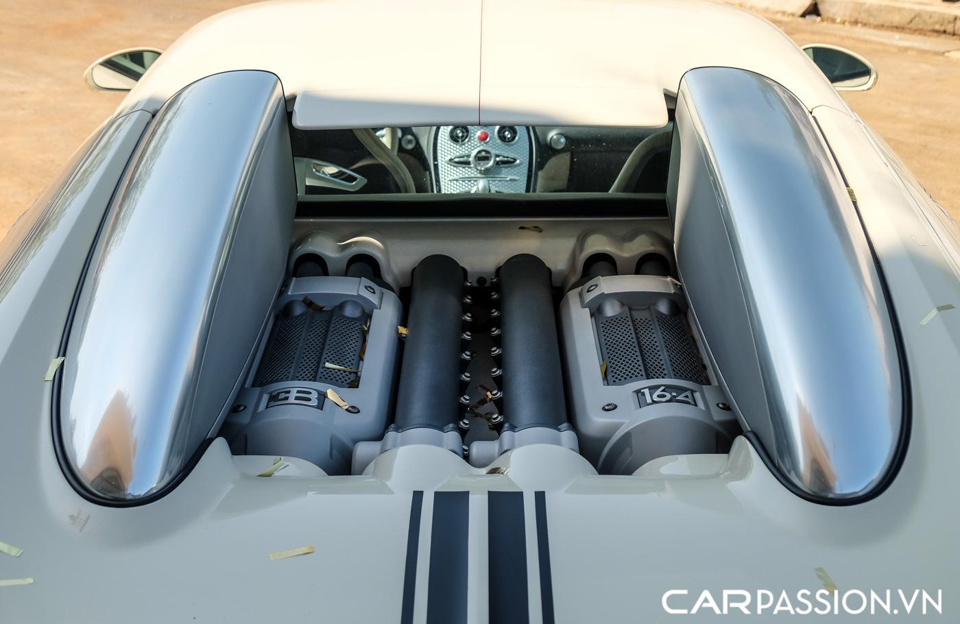 Bugatti Veyron (12).JPG
