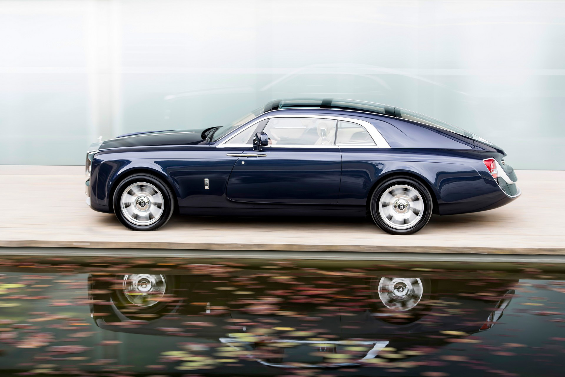 CoachBuild Rolls-Royce (17).JPG