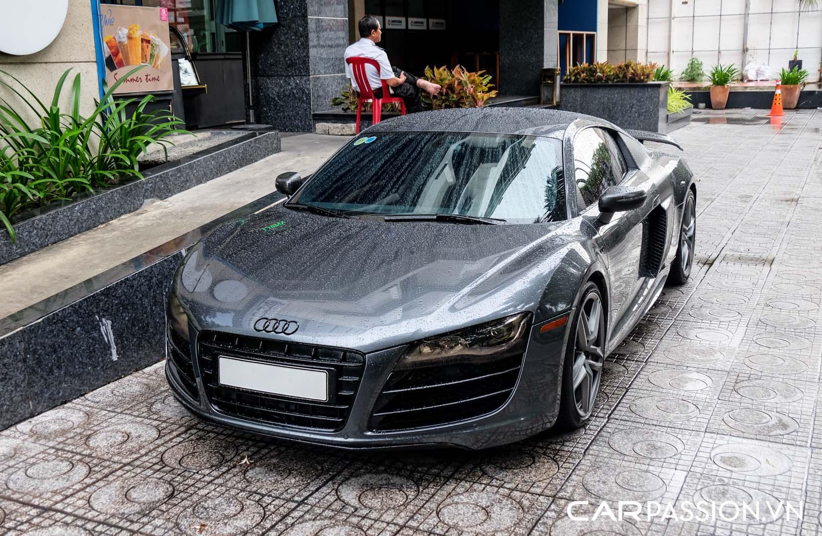 CP-Audi R8 V10 số sàn độ khủng (1).jpg