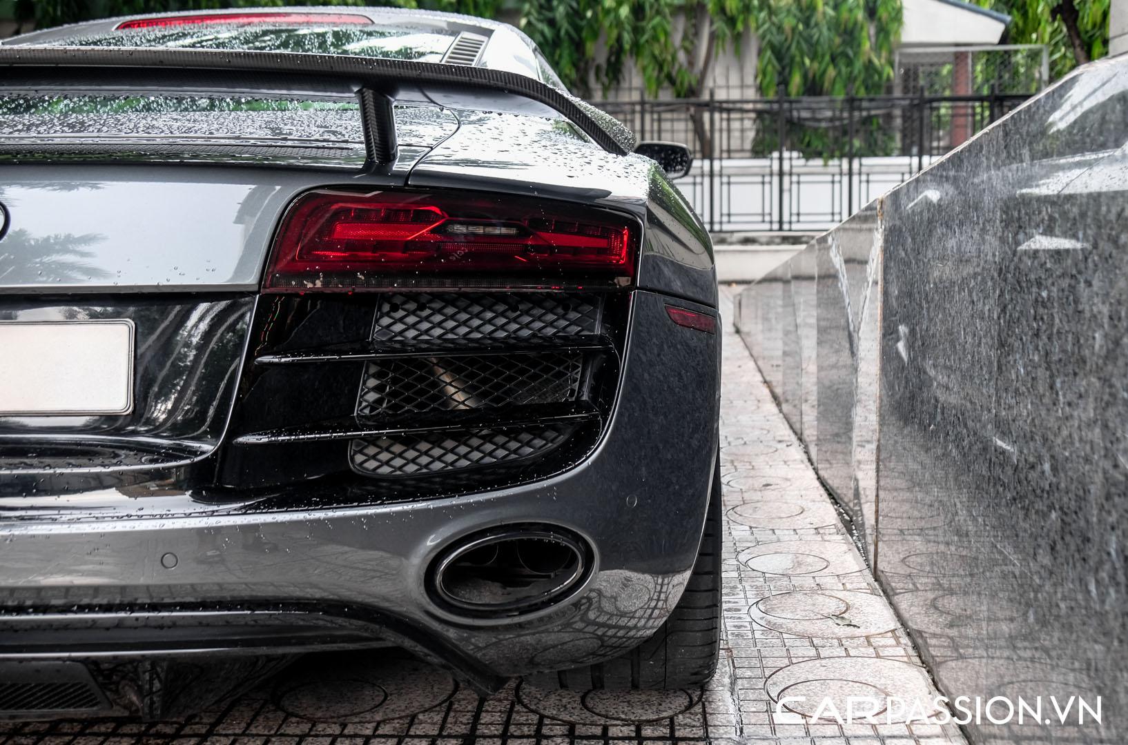 CP-Audi R8 V10 số sàn độ khủng (10).jpg