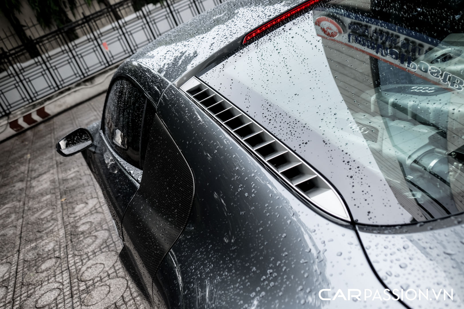 CP-Audi R8 V10 số sàn độ khủng (16).jpg