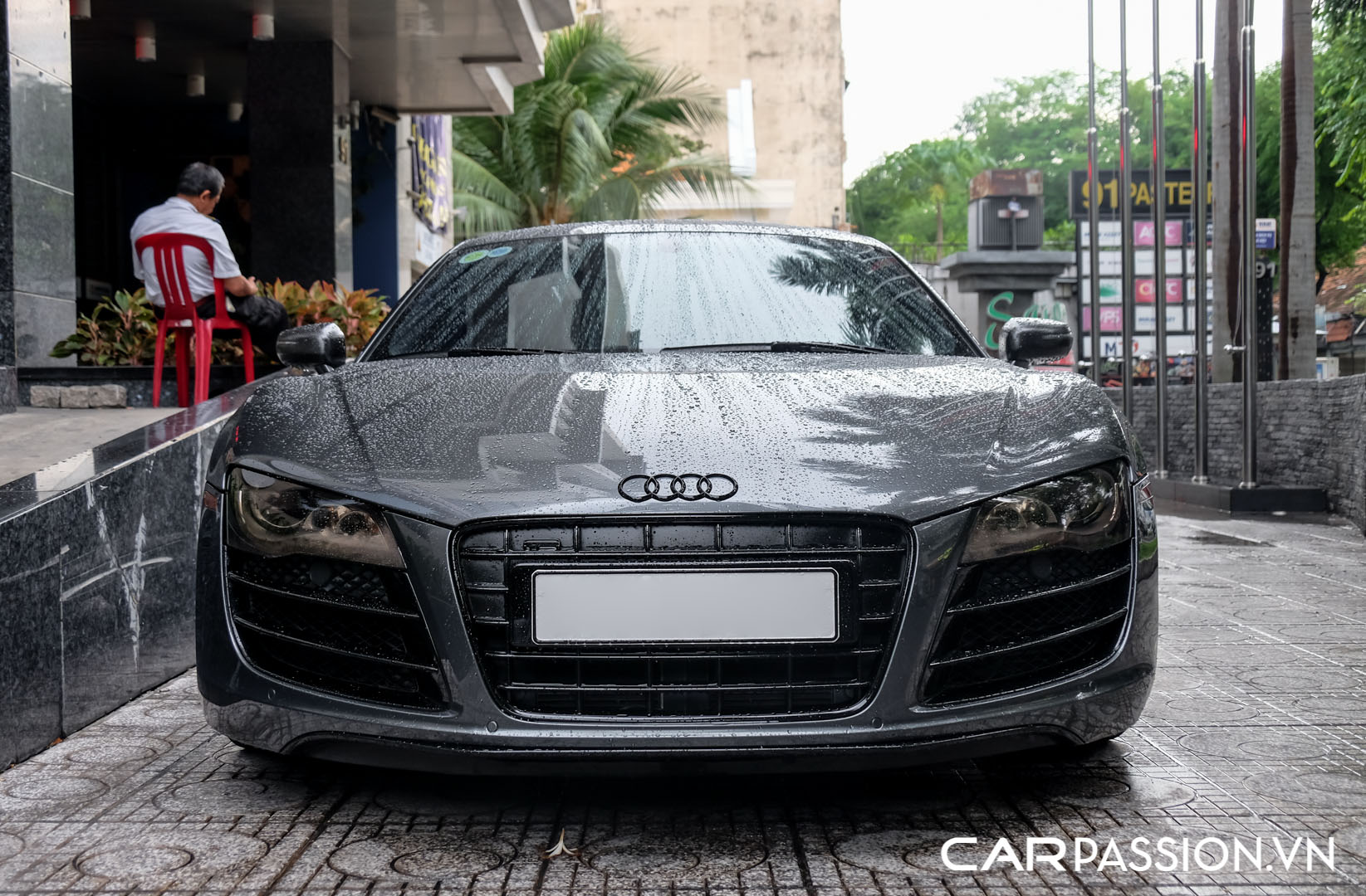 CP-Audi R8 V10 số sàn độ khủng (21).jpg