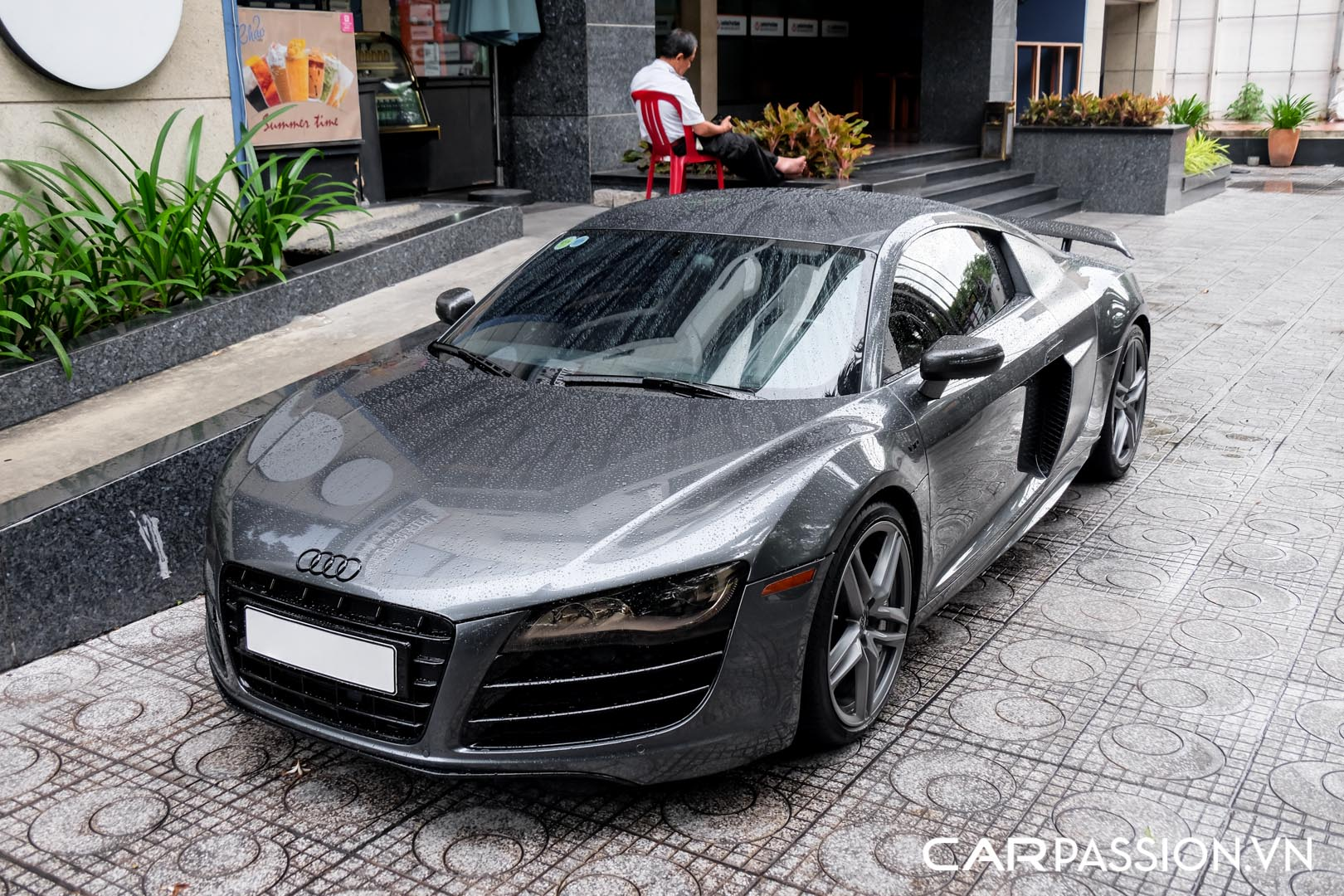 CP-Audi R8 V10 số sàn độ khủng (22).jpg