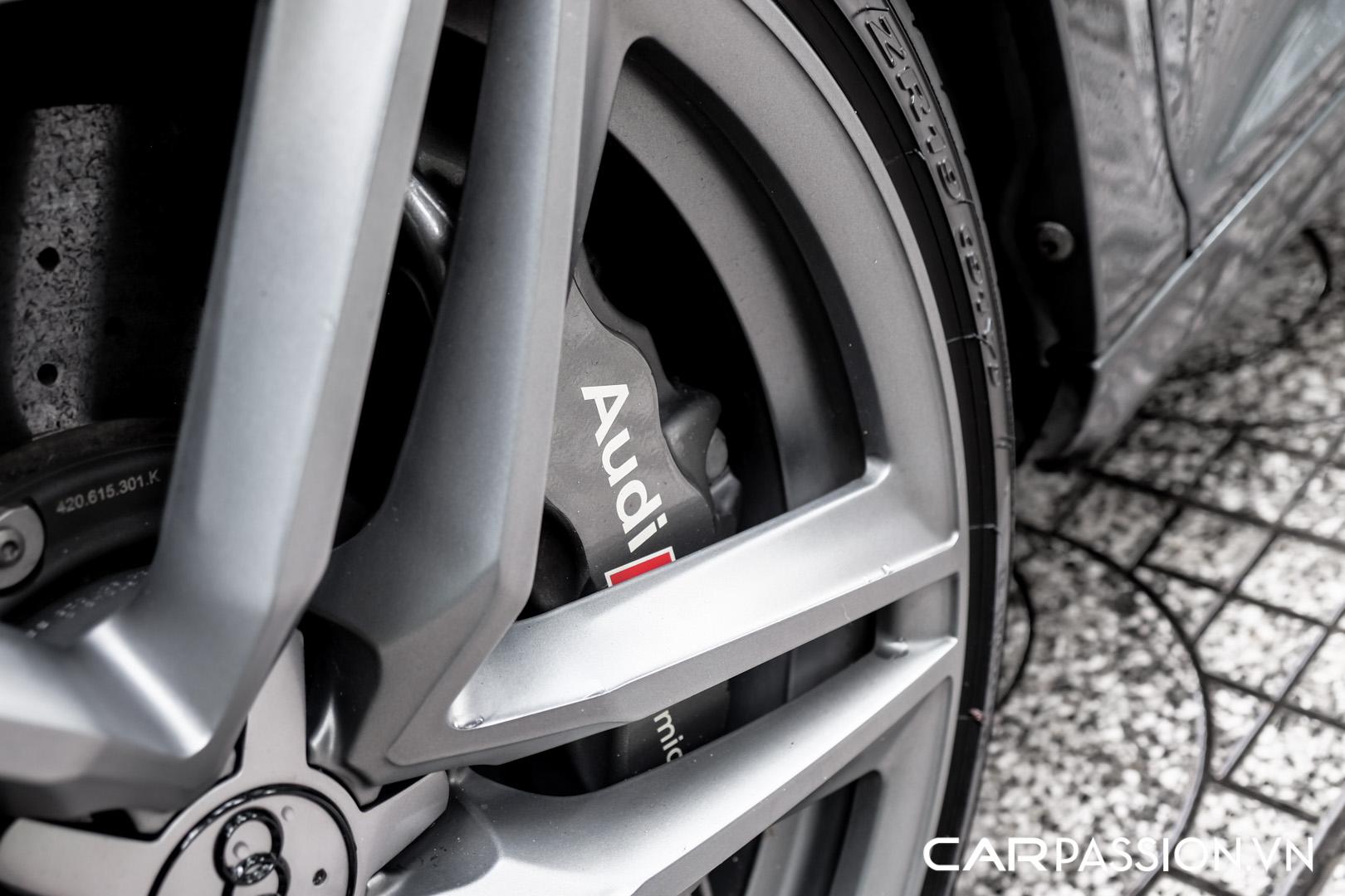 CP-Audi R8 V10 số sàn độ khủng (23).jpg