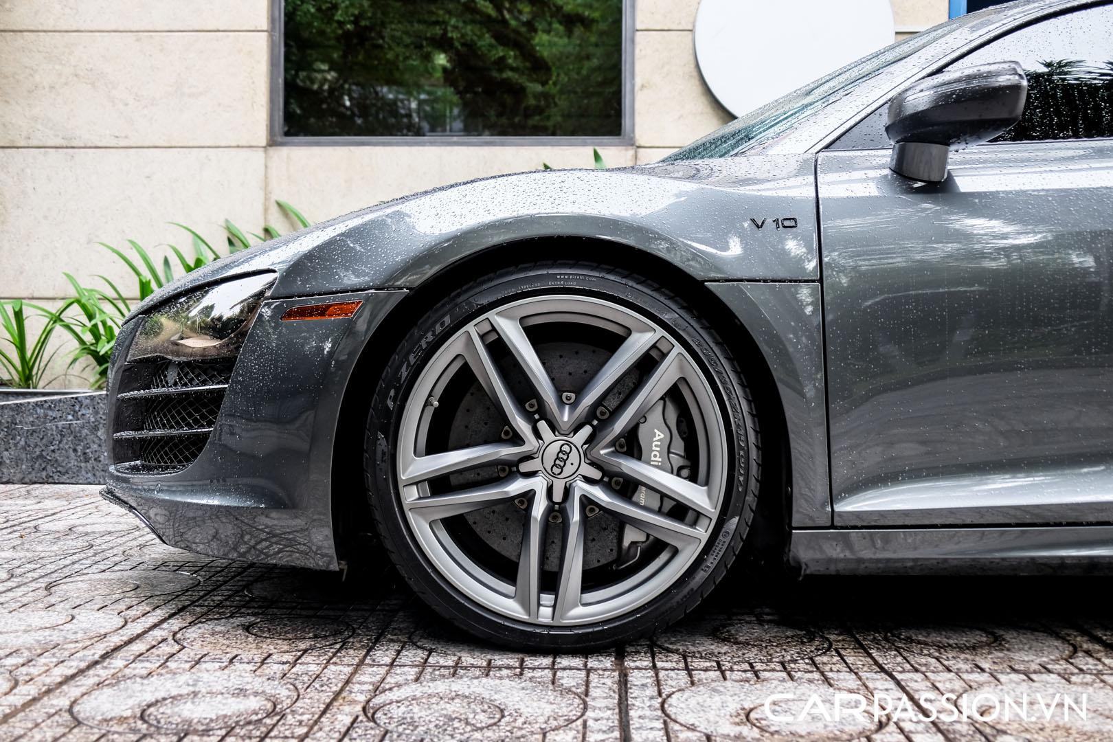 CP-Audi R8 V10 số sàn độ khủng (6).jpg