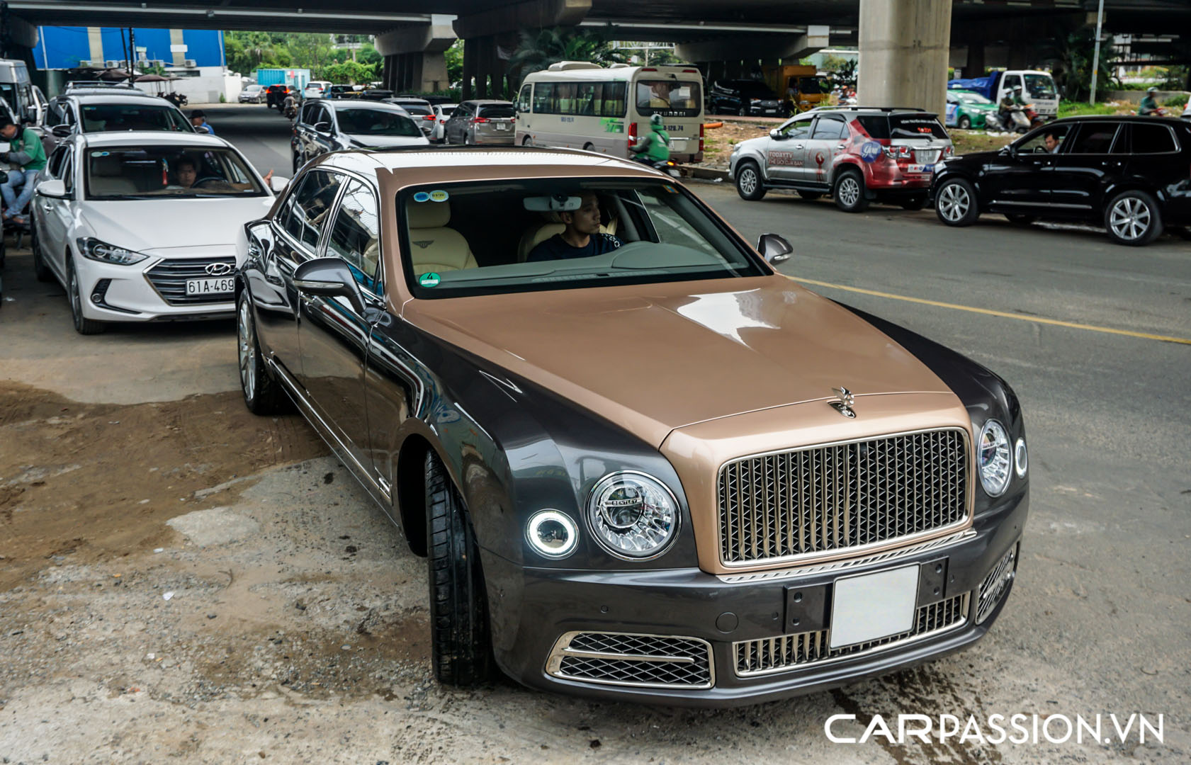 CP-Bentley Mulsanne EWB (31).jpg