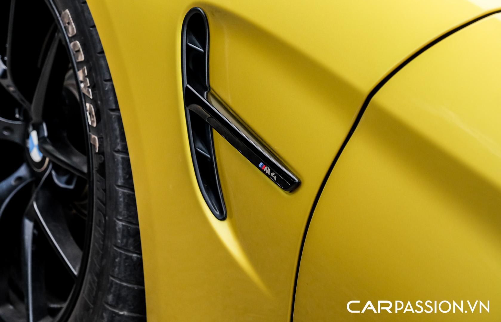 CP-BMW M4 F8 được rao bán (27).jpg