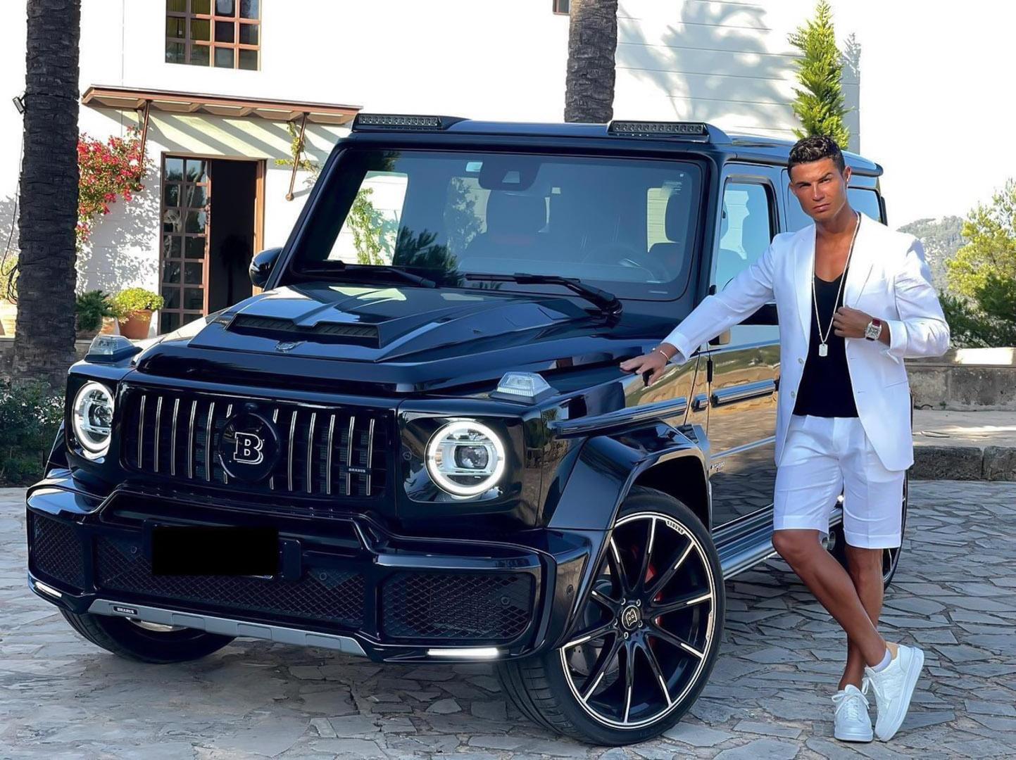 CP-Bộ sưu tập xe của Cristiano Ronaldo (33).jpg