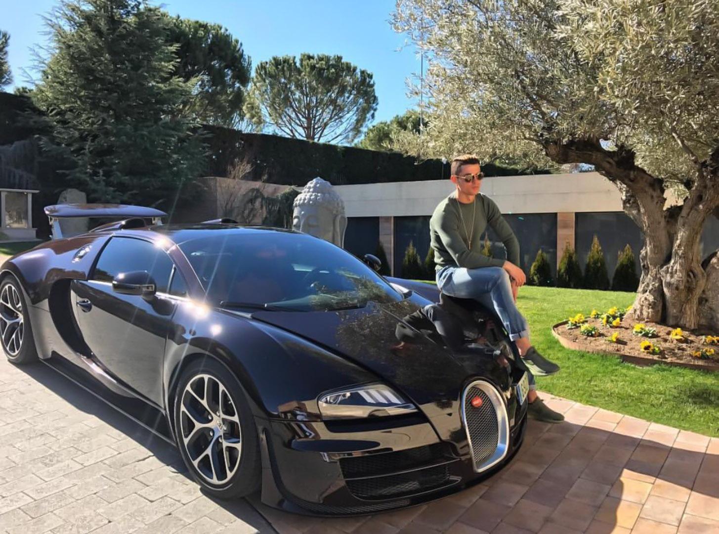 CP-Bộ sưu tập xe của Cristiano Ronaldo (9).jpg