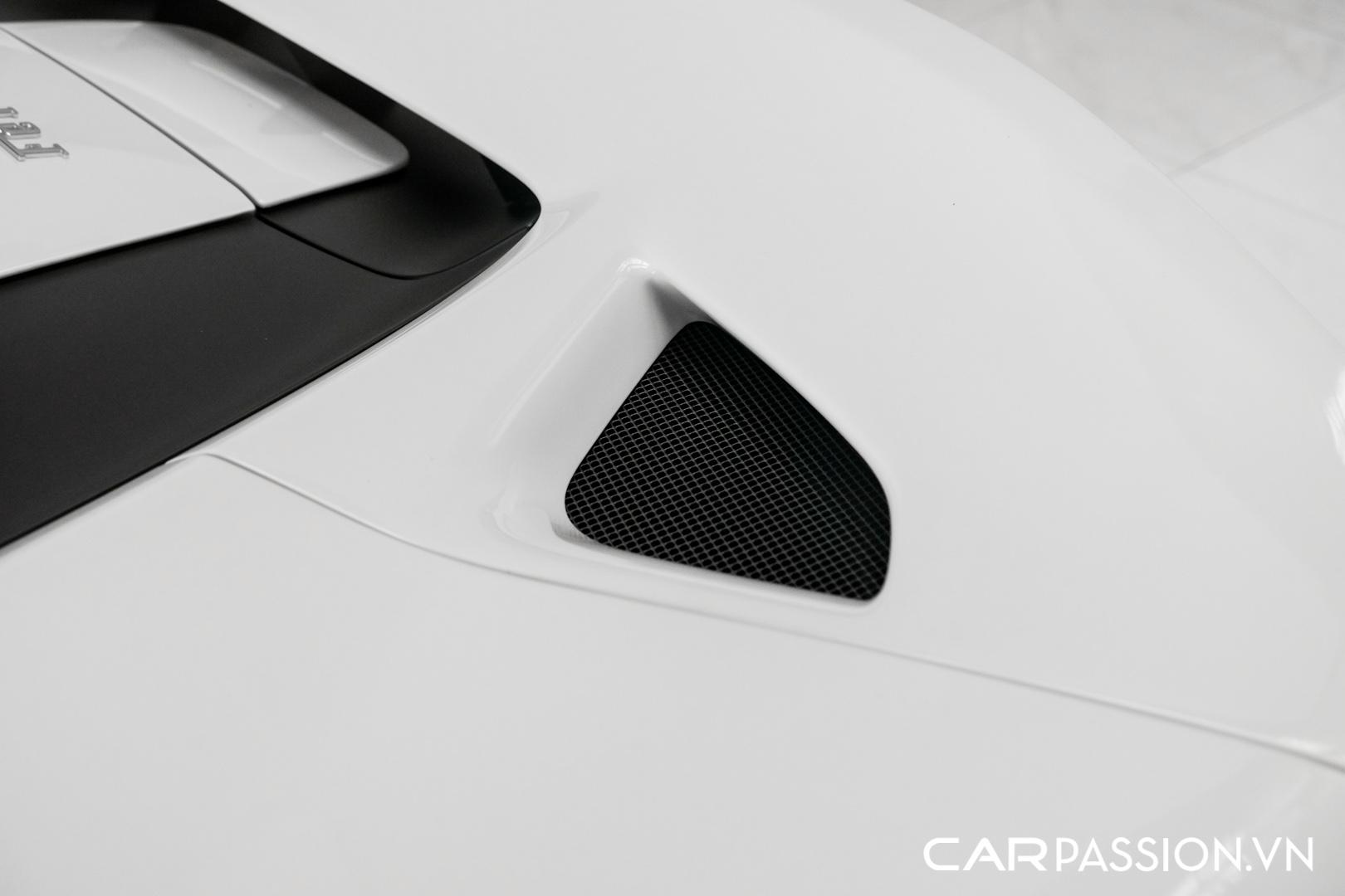 CP- Ferrari F8 Spider thứ ba về Việt Nam46.JPG