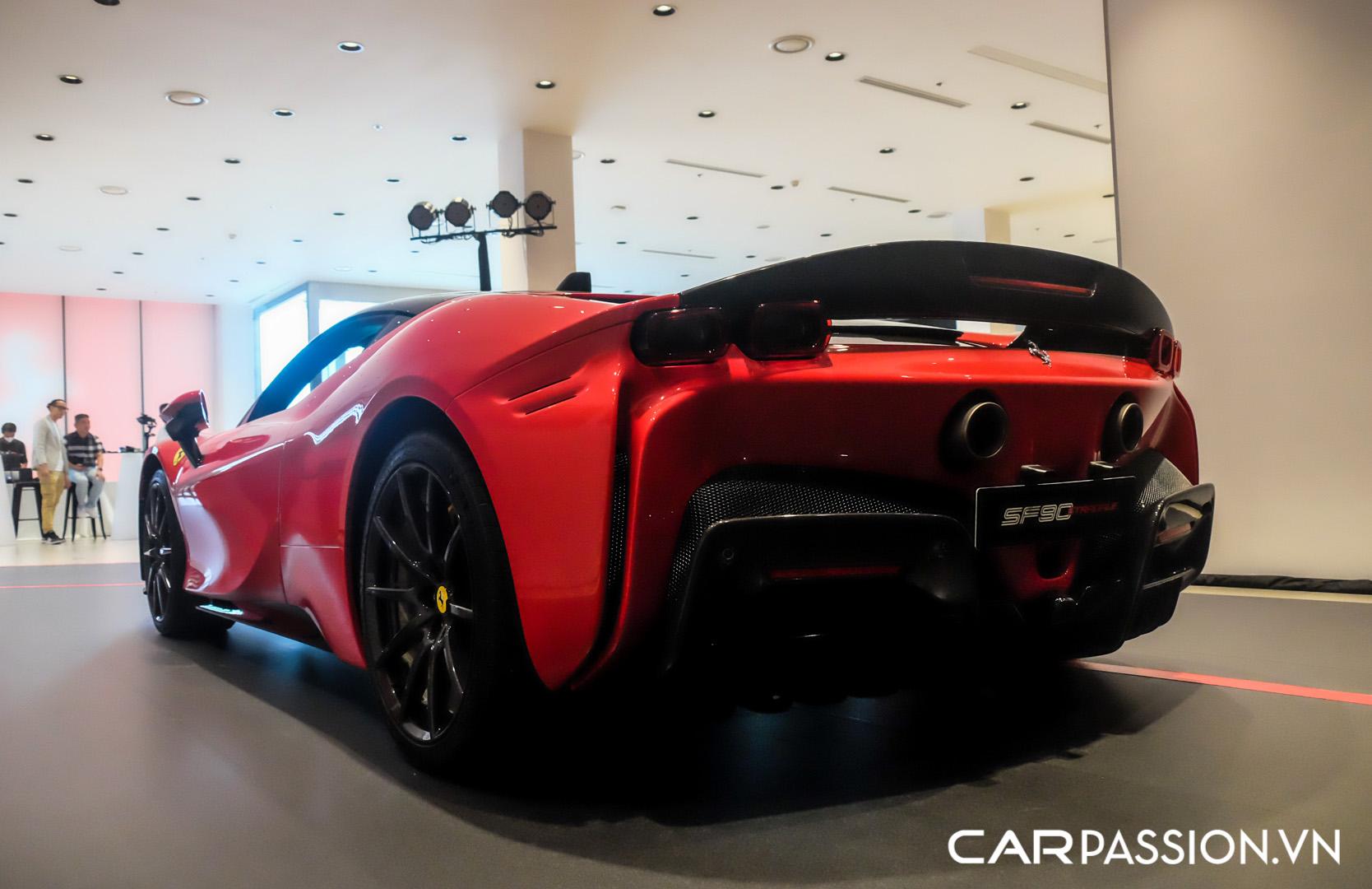 CP-Ferrari SF90 Stradale (22).JPG