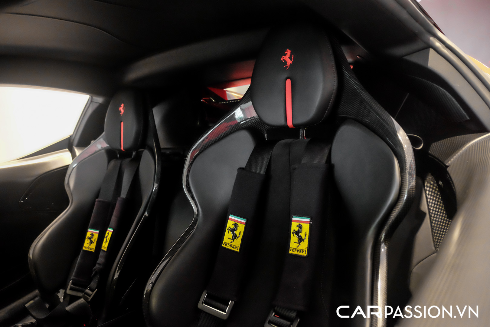 CP-Ferrari SF90 Stradale (33).JPG