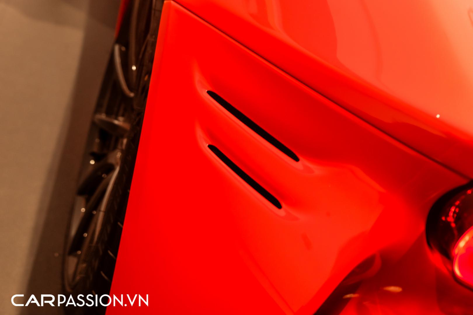 CP-Ferrari SF90 Stradale (42).JPG