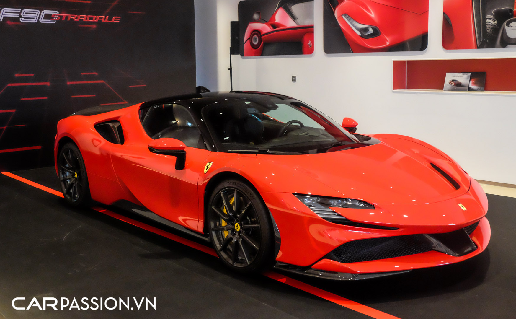 CP-Ferrari SF90 Stradale (6).JPG