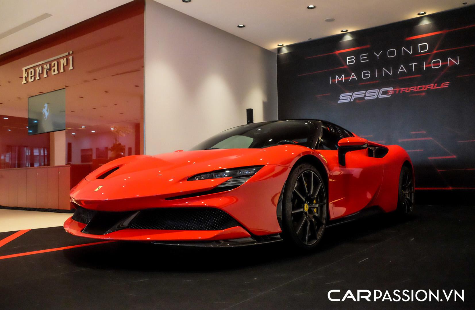 CP-Ferrari SF90 Stradale (8).JPG