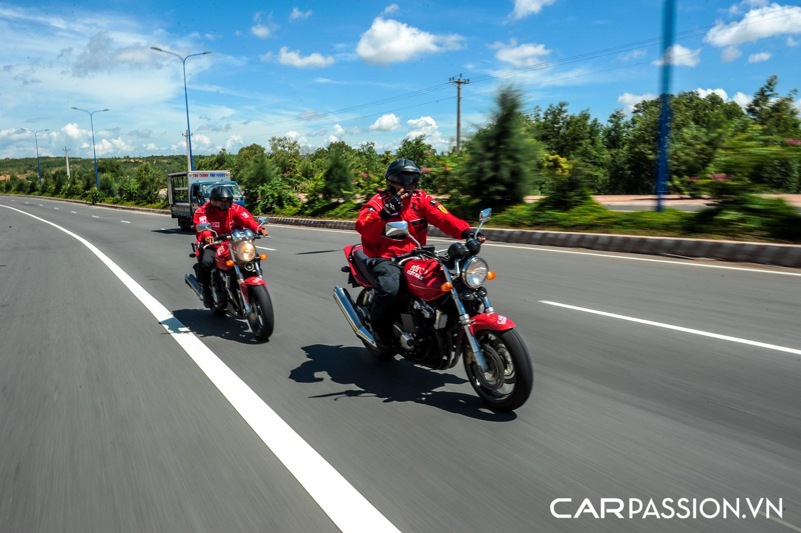 CP-Hành trình siêu xe CarPassion 2011 Day 2 (212).jpg