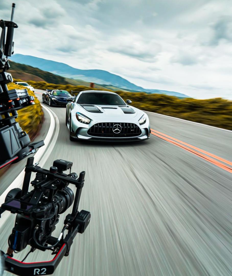 CP-Lamborghini Urus làm xe quay phim.jpg