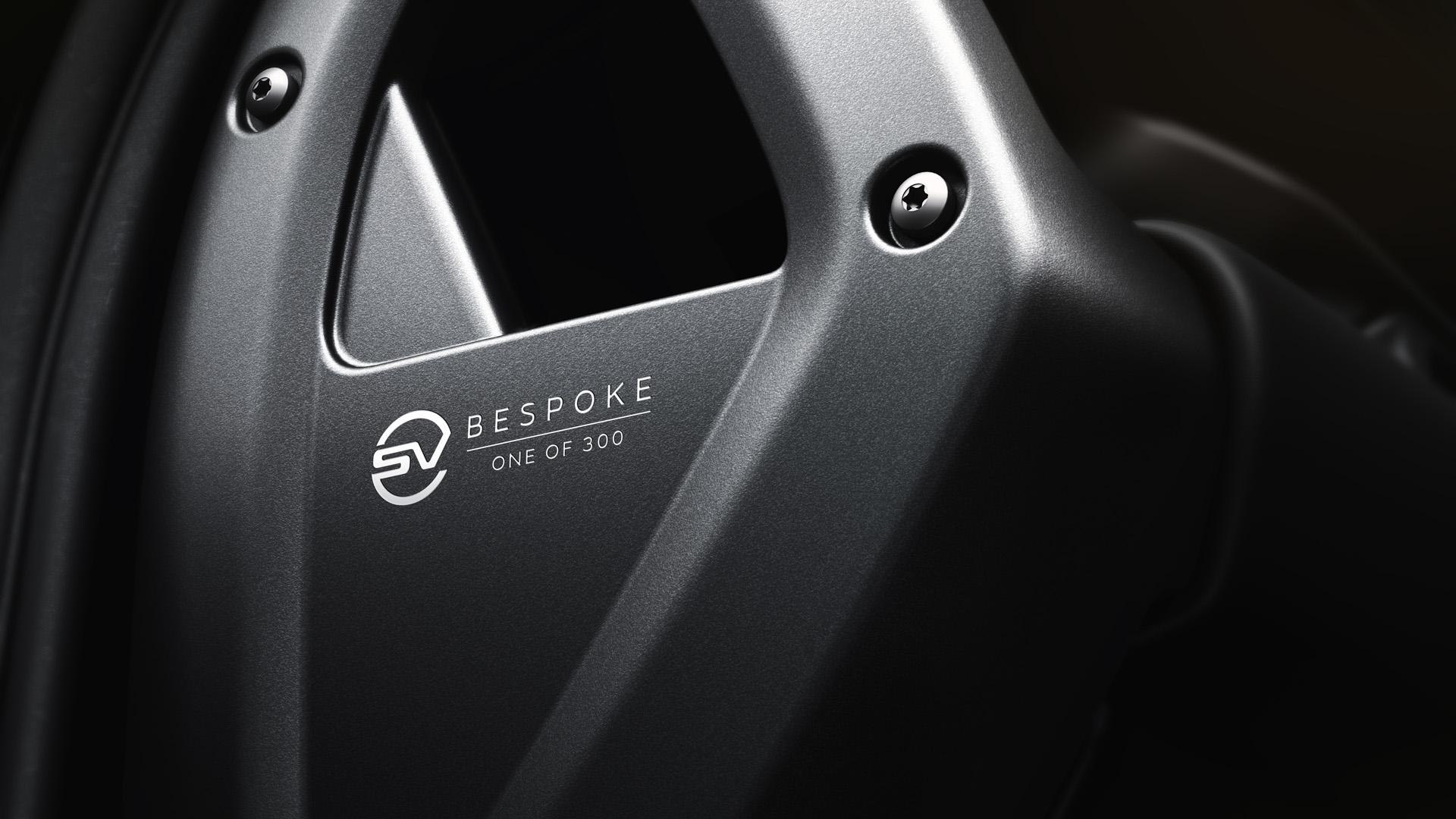 CP-Land Rover Defender V8 Bond Edition (16).jpg