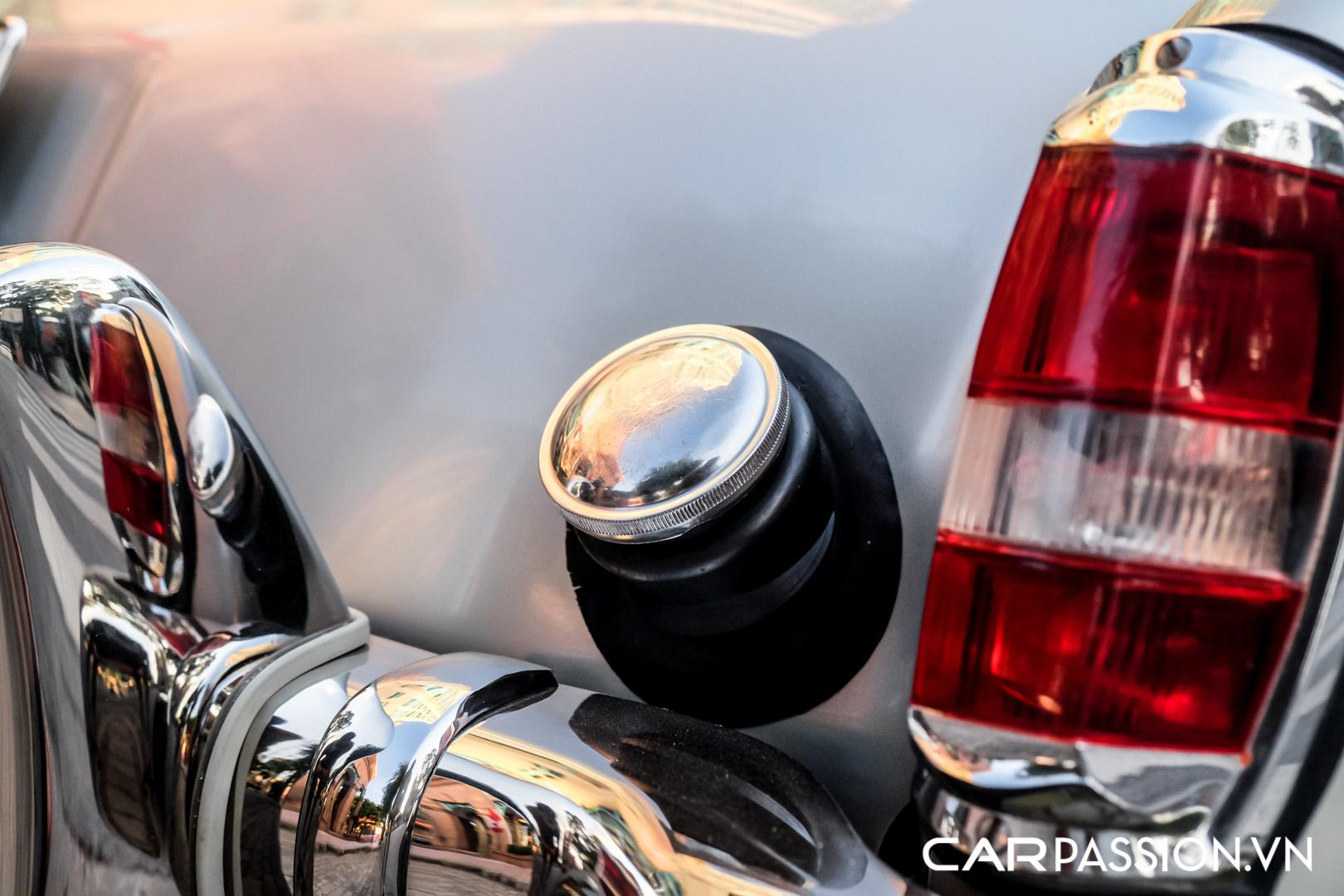 CP-Mercedes-Benz 190SL (54).jpg
