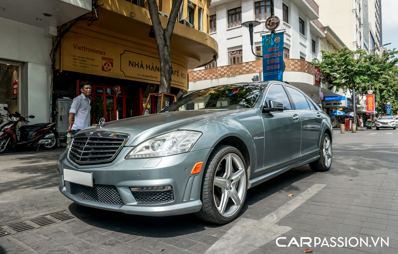 CP-Mercedes-Benz S65 AMG (7).jpg