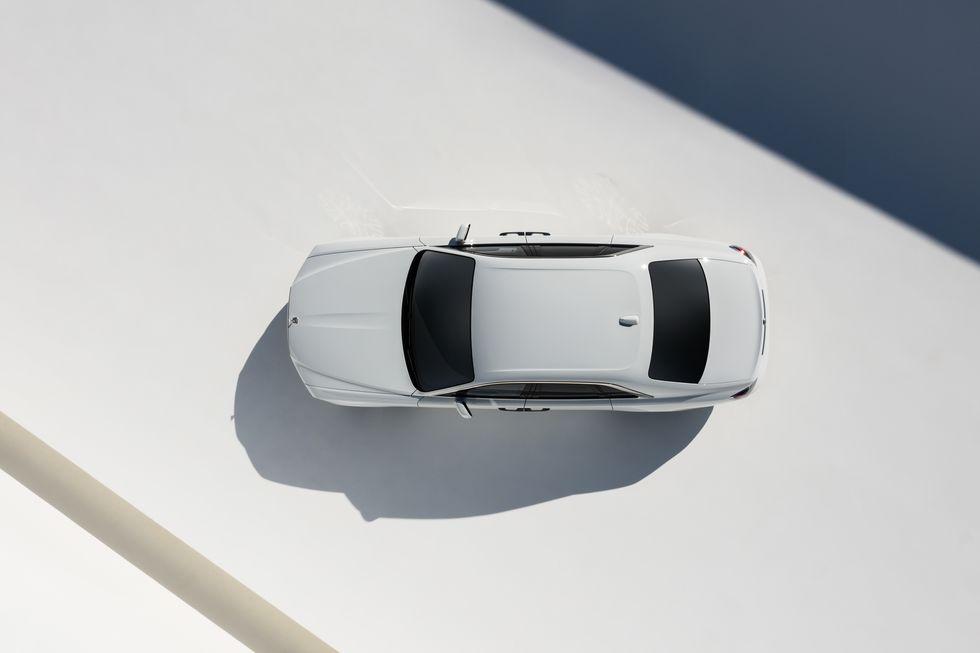 Điểm-qua-giá-bán-một-số-tùy-chọn-trên-Rolls-Royce-Ghost-thế-hệ-mới (4).jpg